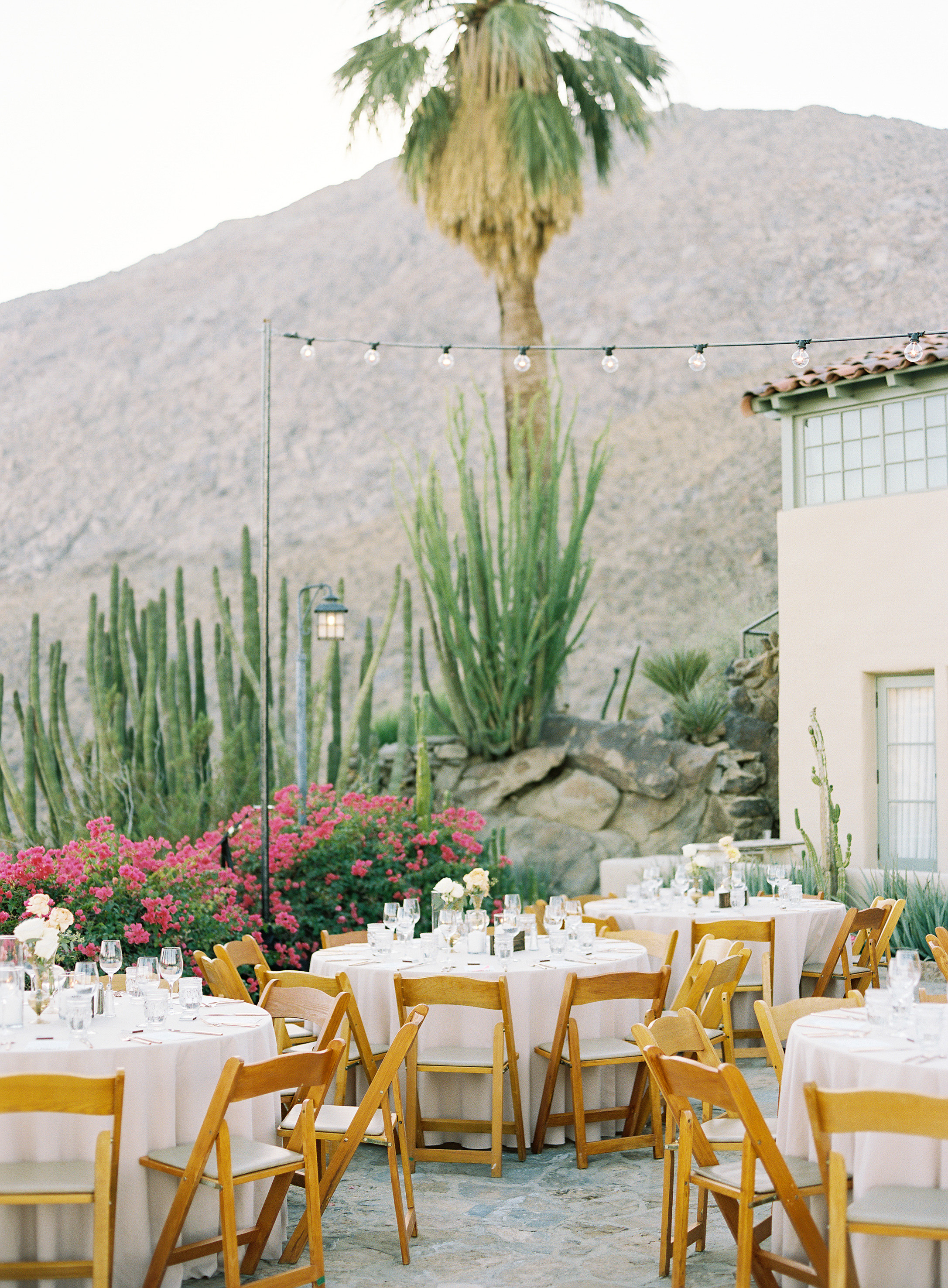 lisa louis wedding reception empty