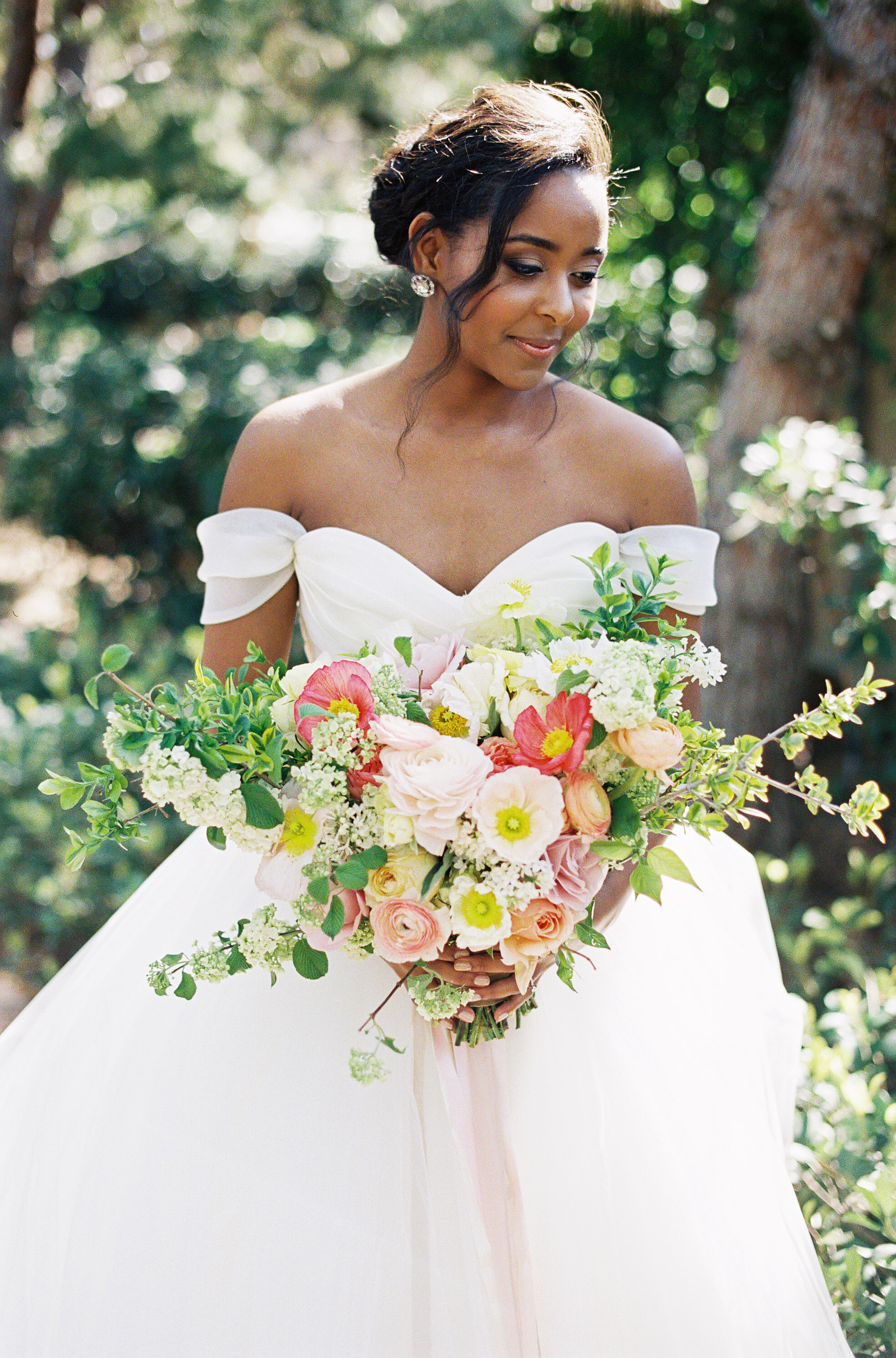 41 Brides Wearing Off-the-Shoulder Wedding Dresses