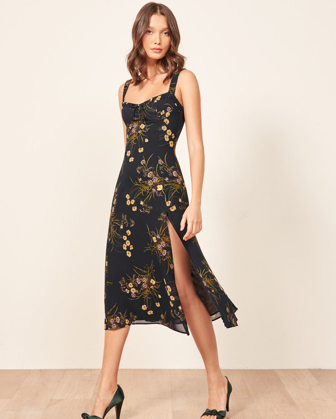 Stunning Wedding Guest Dresses: 25 Beautiful Dresses To Wear As A Wedding Guest This Fall