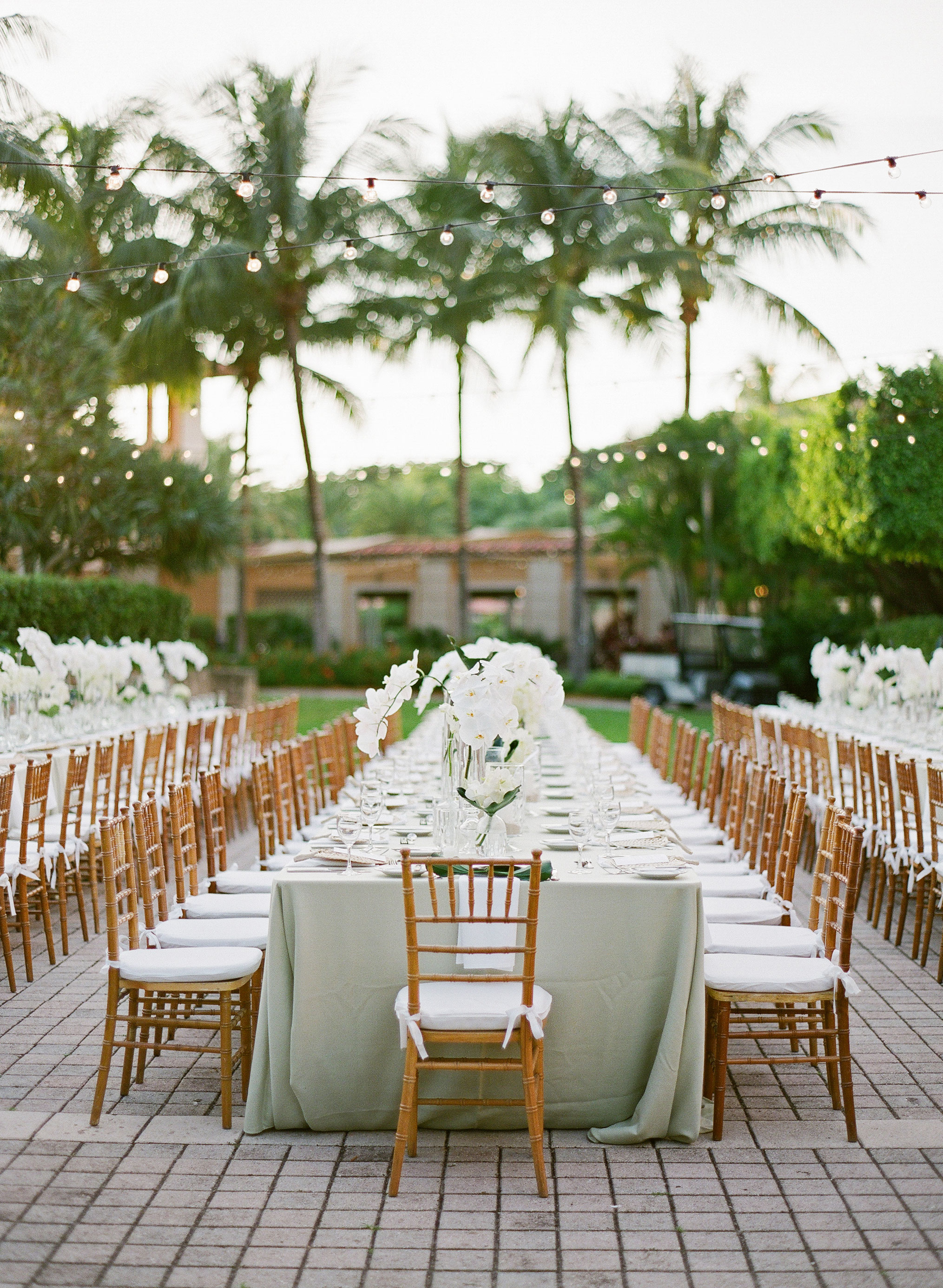 How to Choose the Perfect Rehearsal Dinner Venue