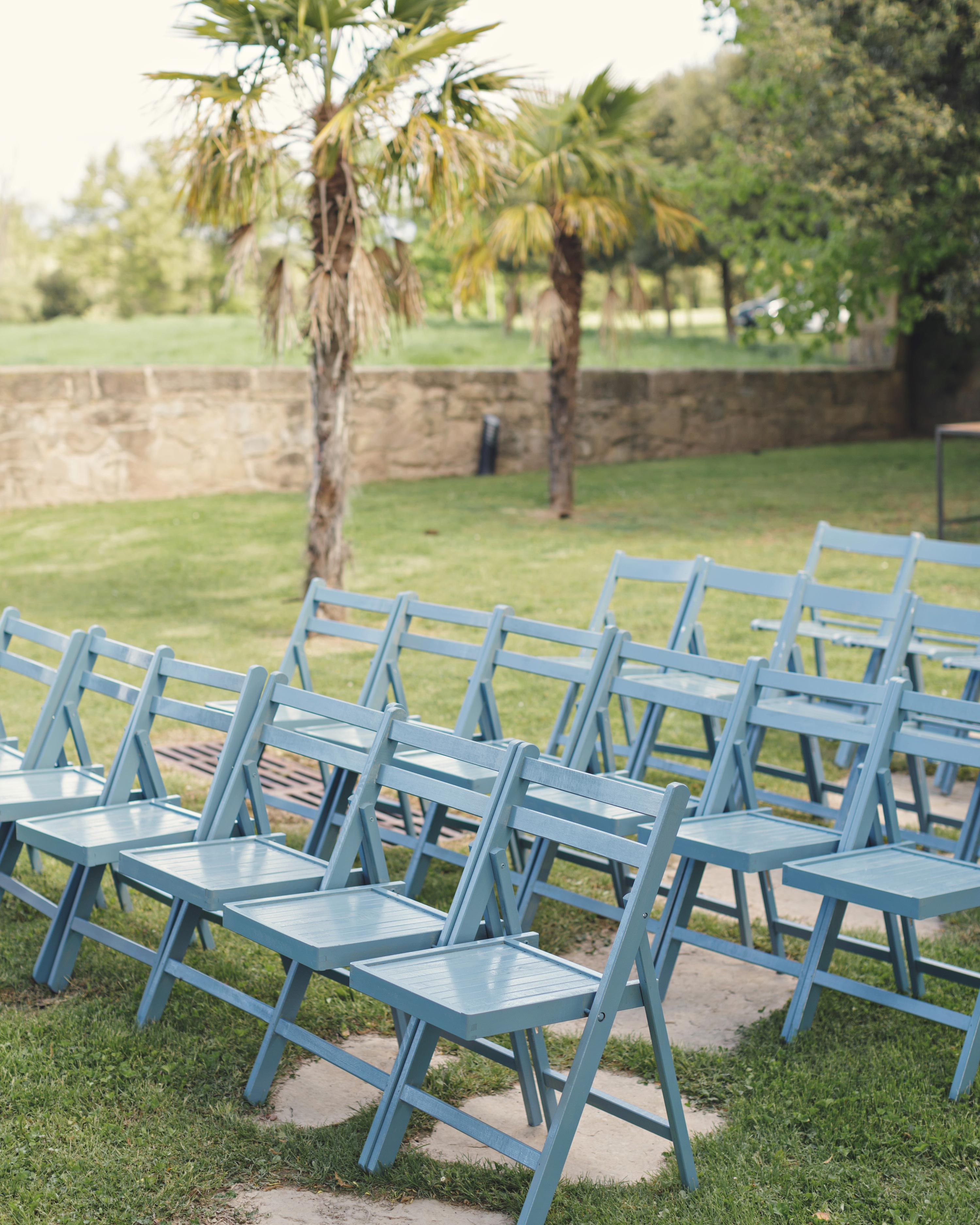 anna-ania-wedding-chairs-028-s112510-0216.jpg