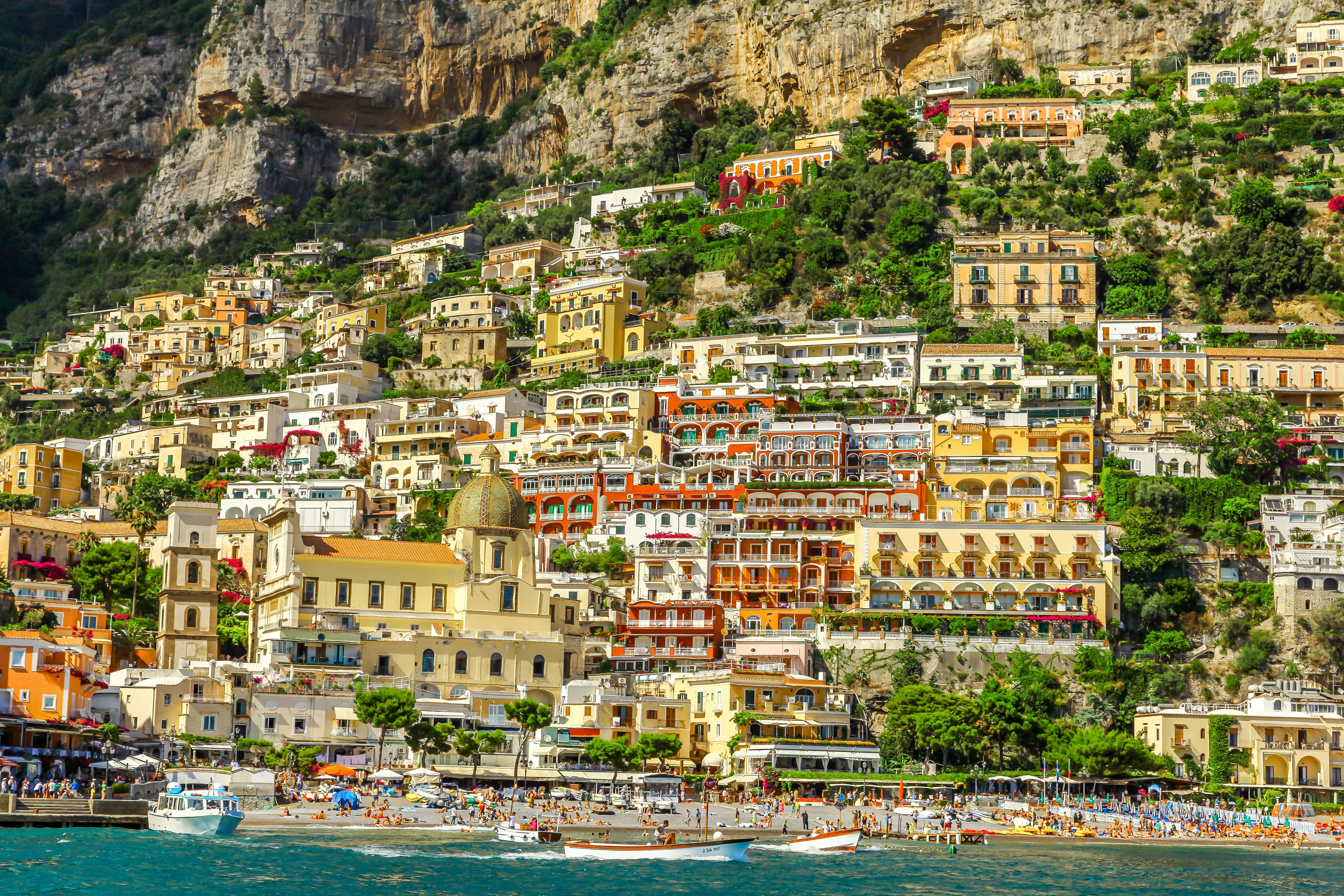amalfi coast buildings