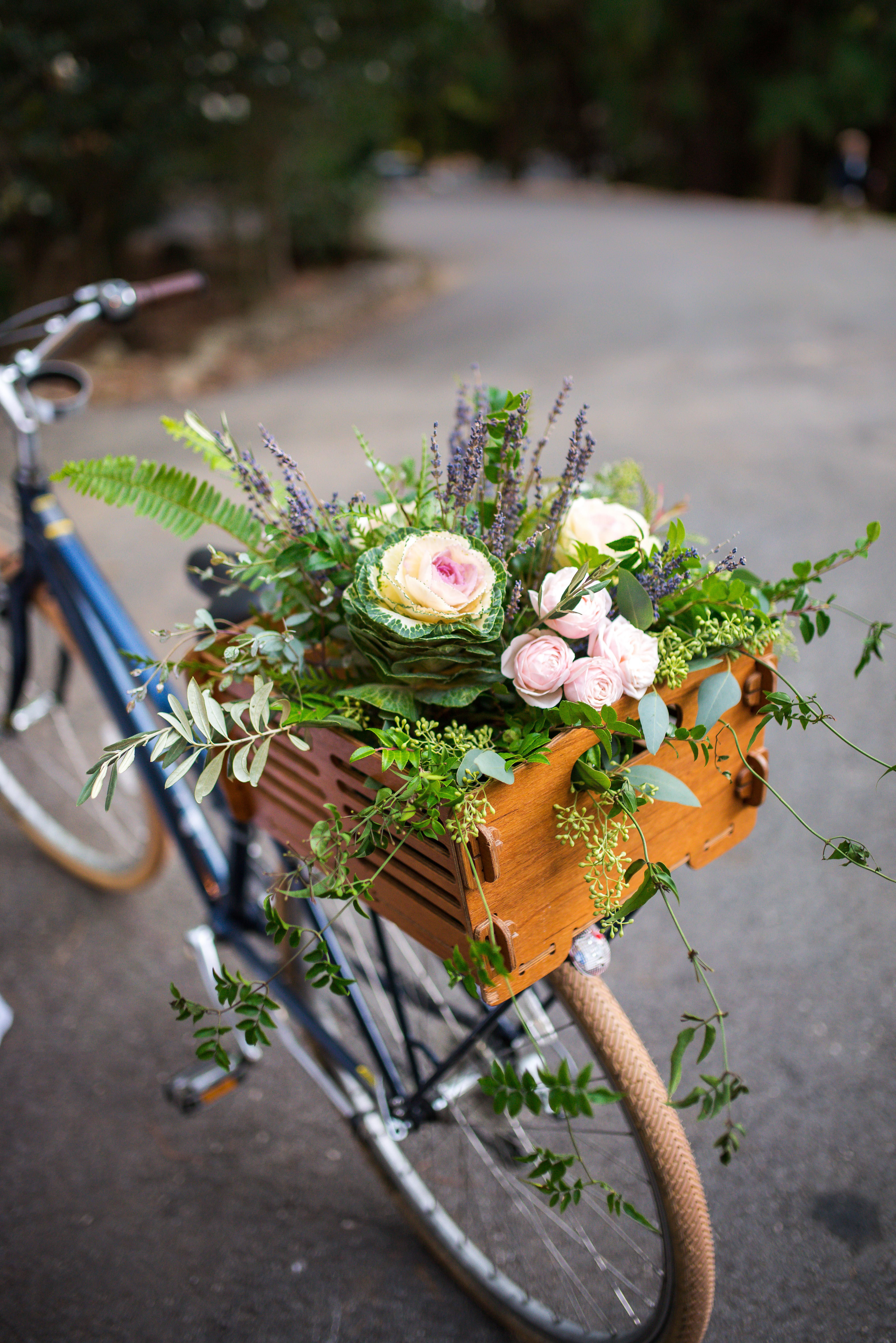 bike box flowers