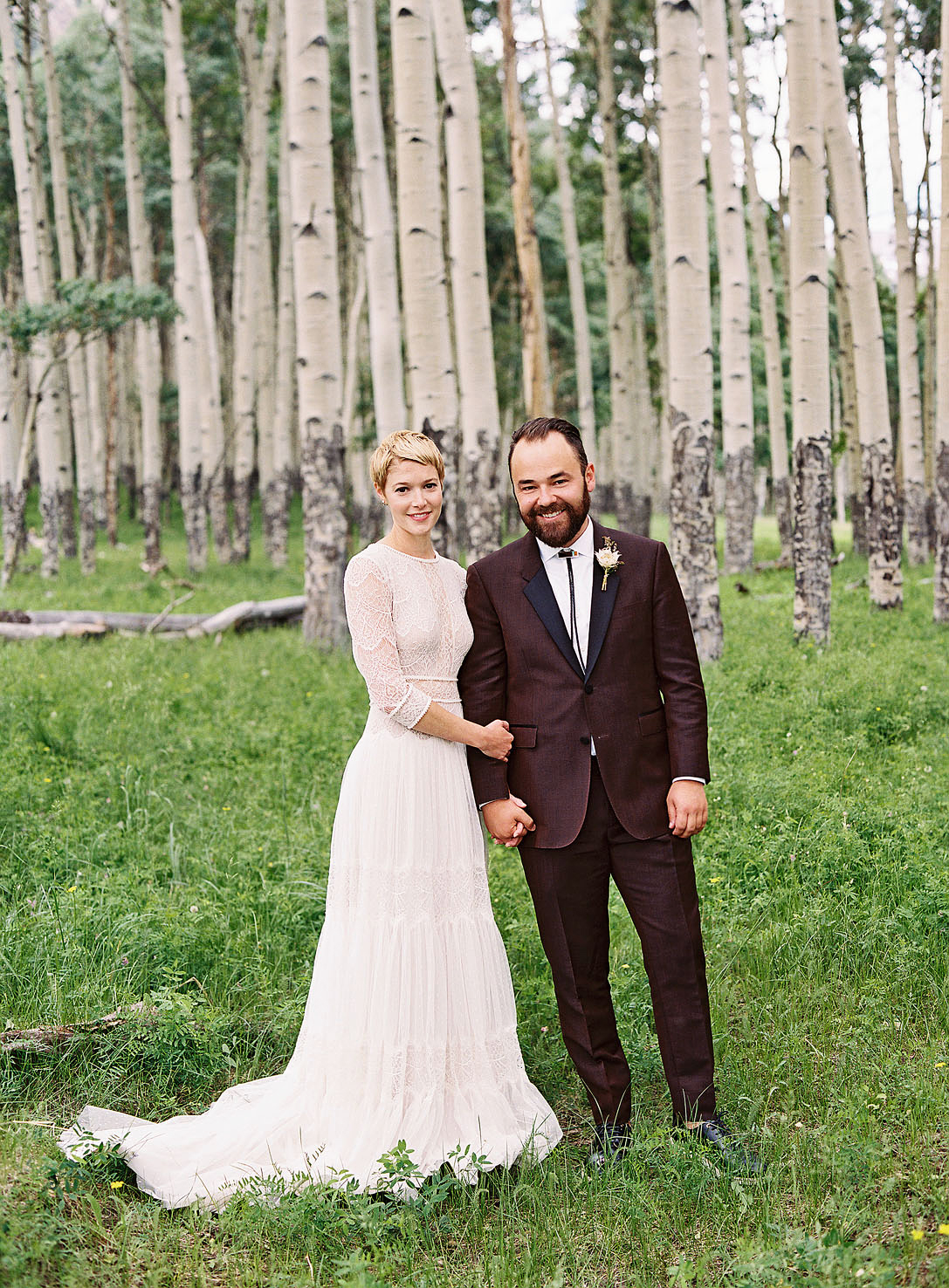 21 Grooms Who Wore Colorful Wedding Suits