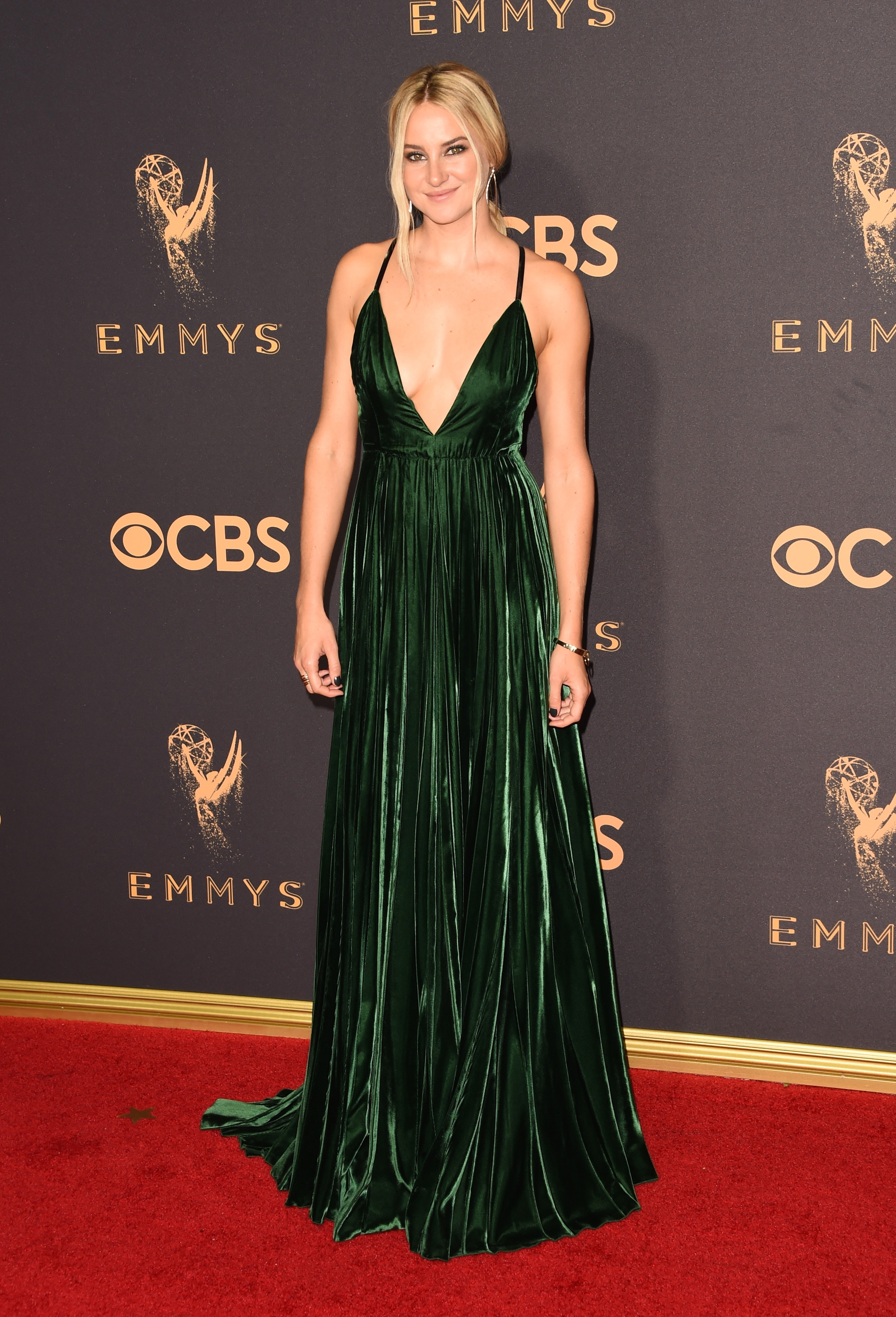 Shailene Woodley Emmys Red Carpet 2017