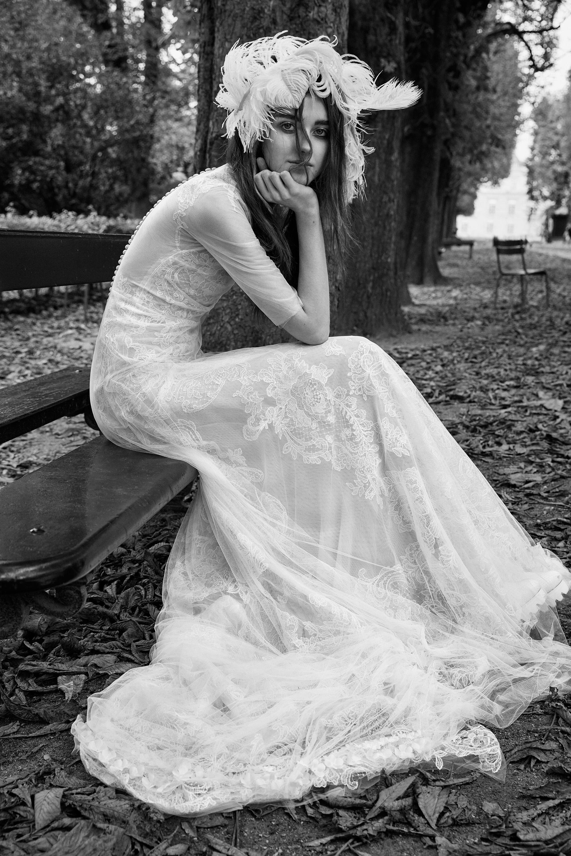 vera wang shear three-quarter length sleeves wedding dress fall 2018
