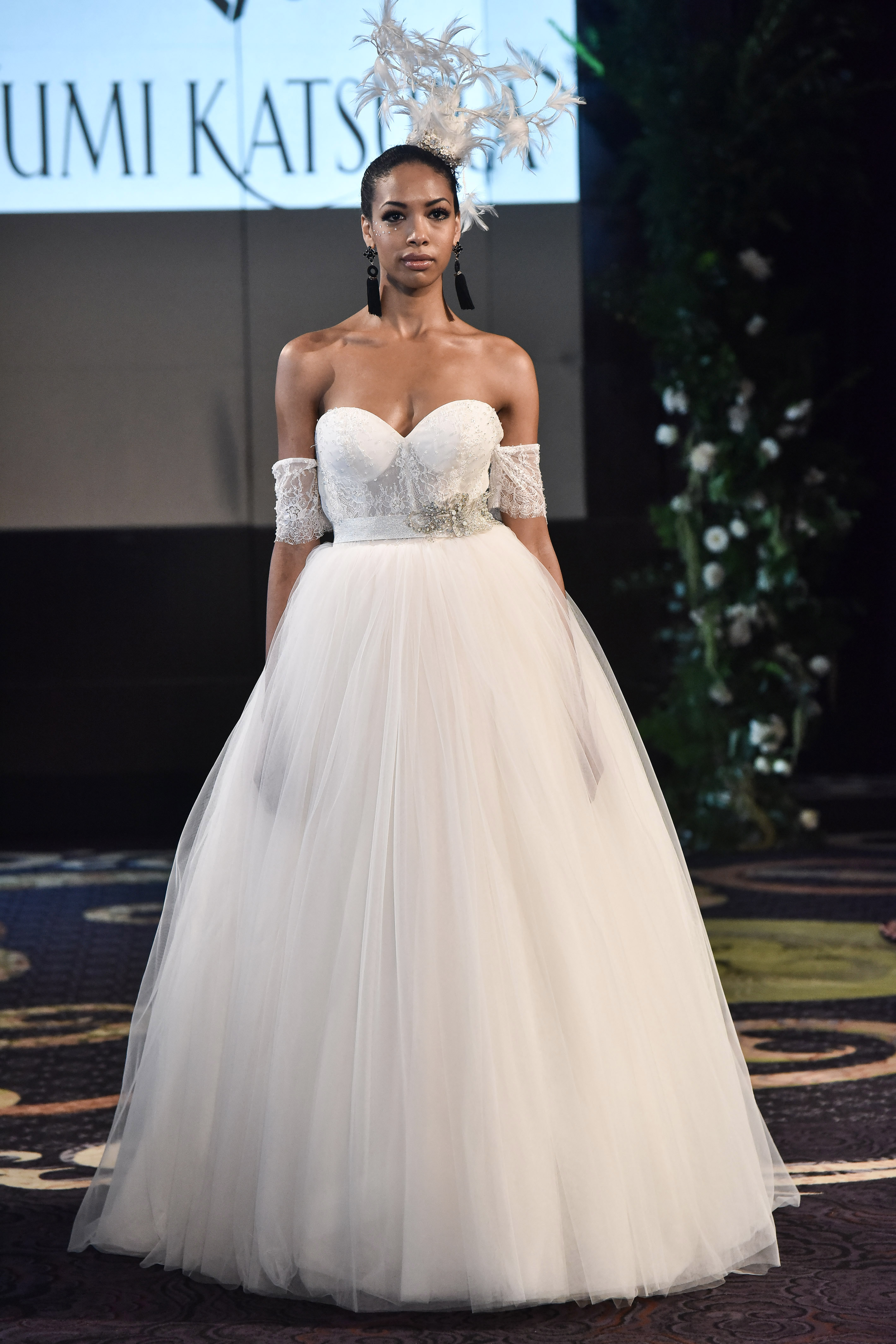 yumi katsura fall 2018 sweetheart ballgown wedding dress