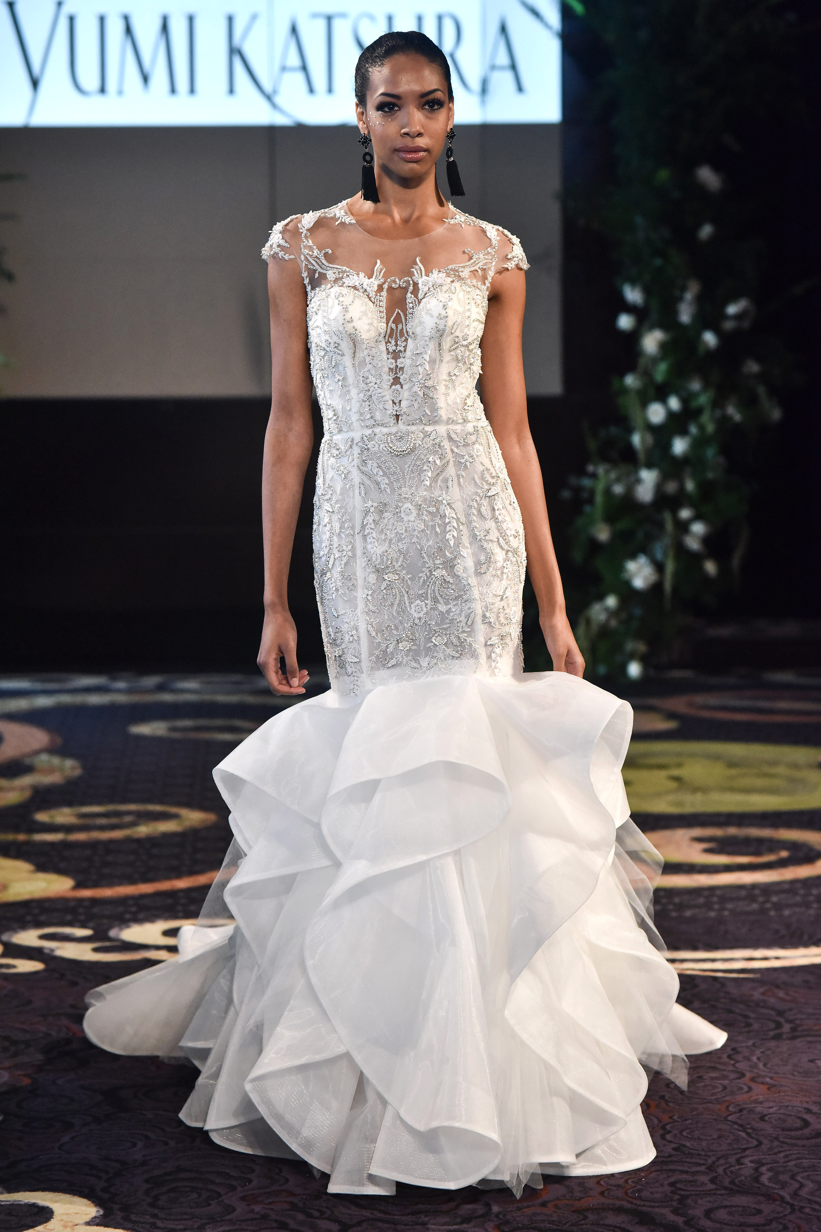 yumi katsura fall 2018 jewel embellished trumpet wedding dress