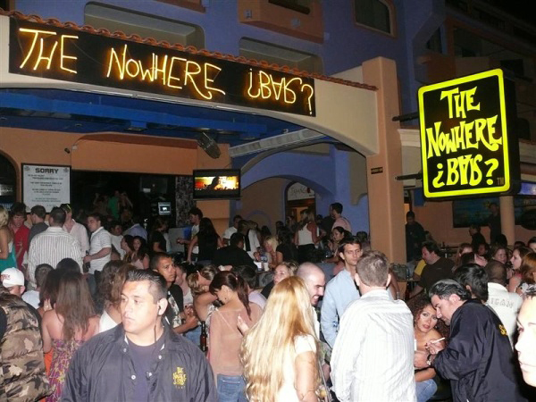 crowd bar
