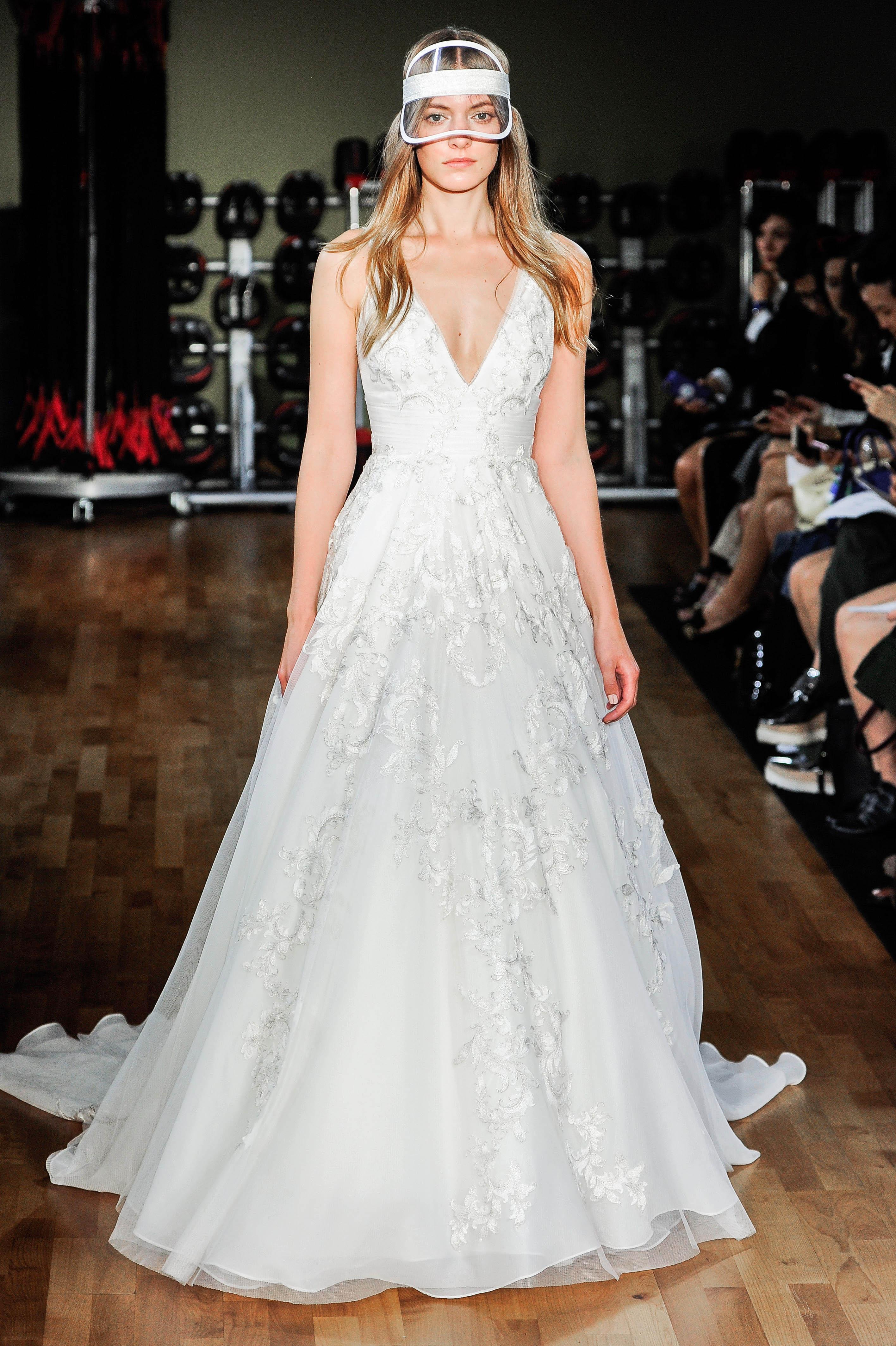 rivini by rita vinieris wedding dress fall 2018 v-neck sleeveless hat