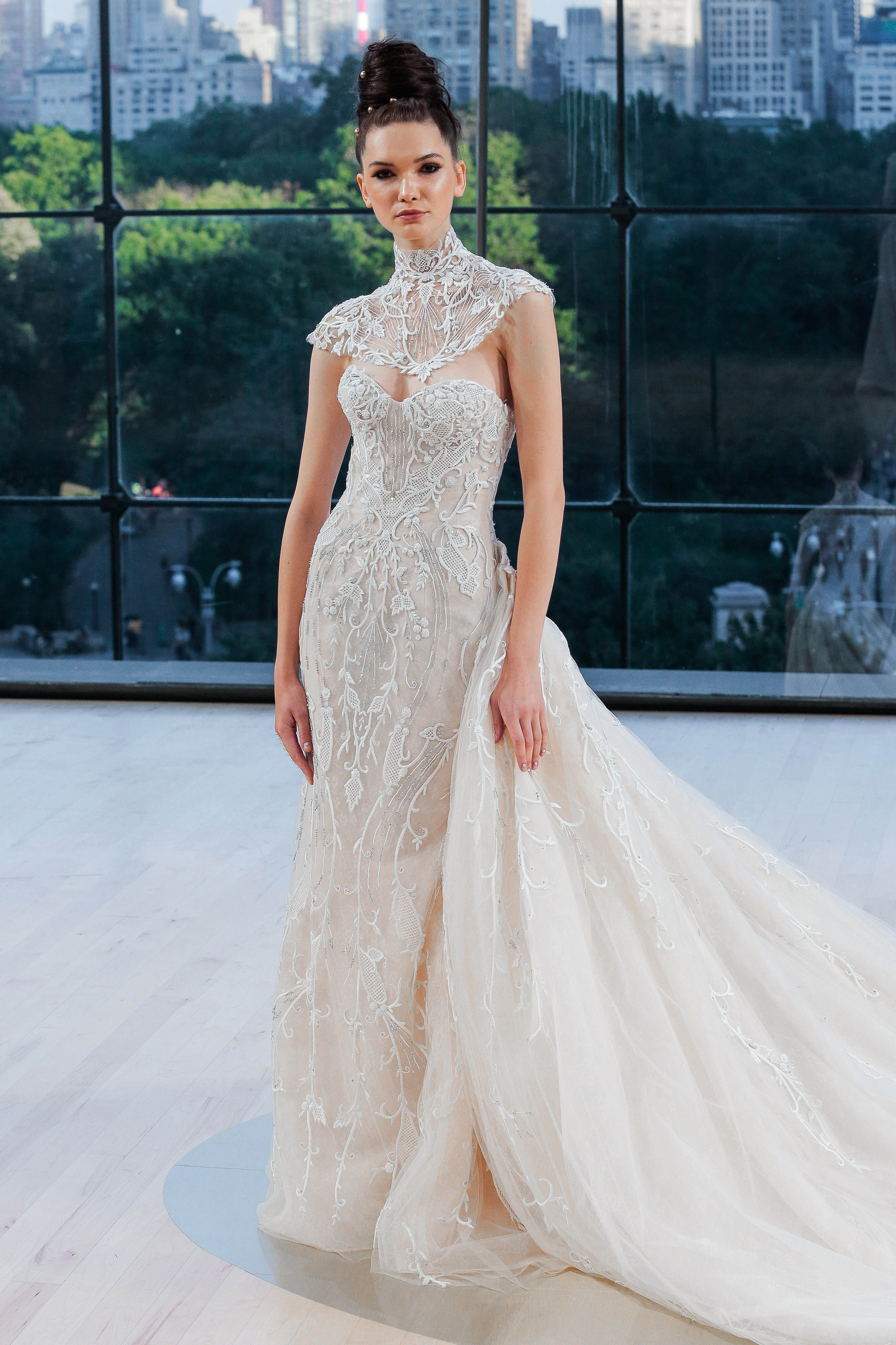 ines di santo wedding dress fall 2018 sweetheart capelet train