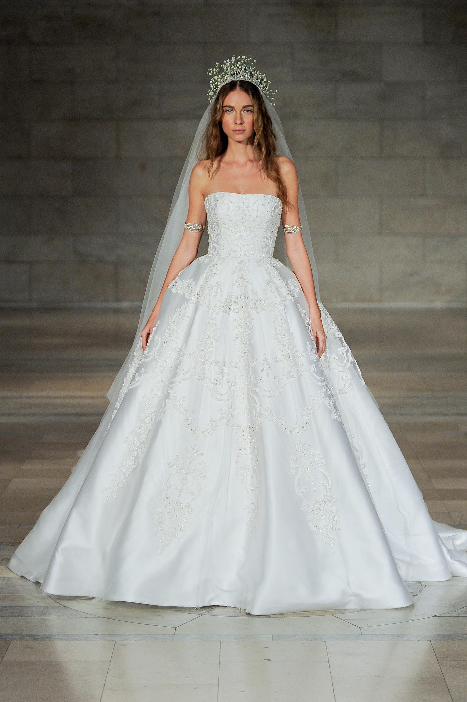 reem acra bridal market wedding dress fall 2018 strapless ball gown
