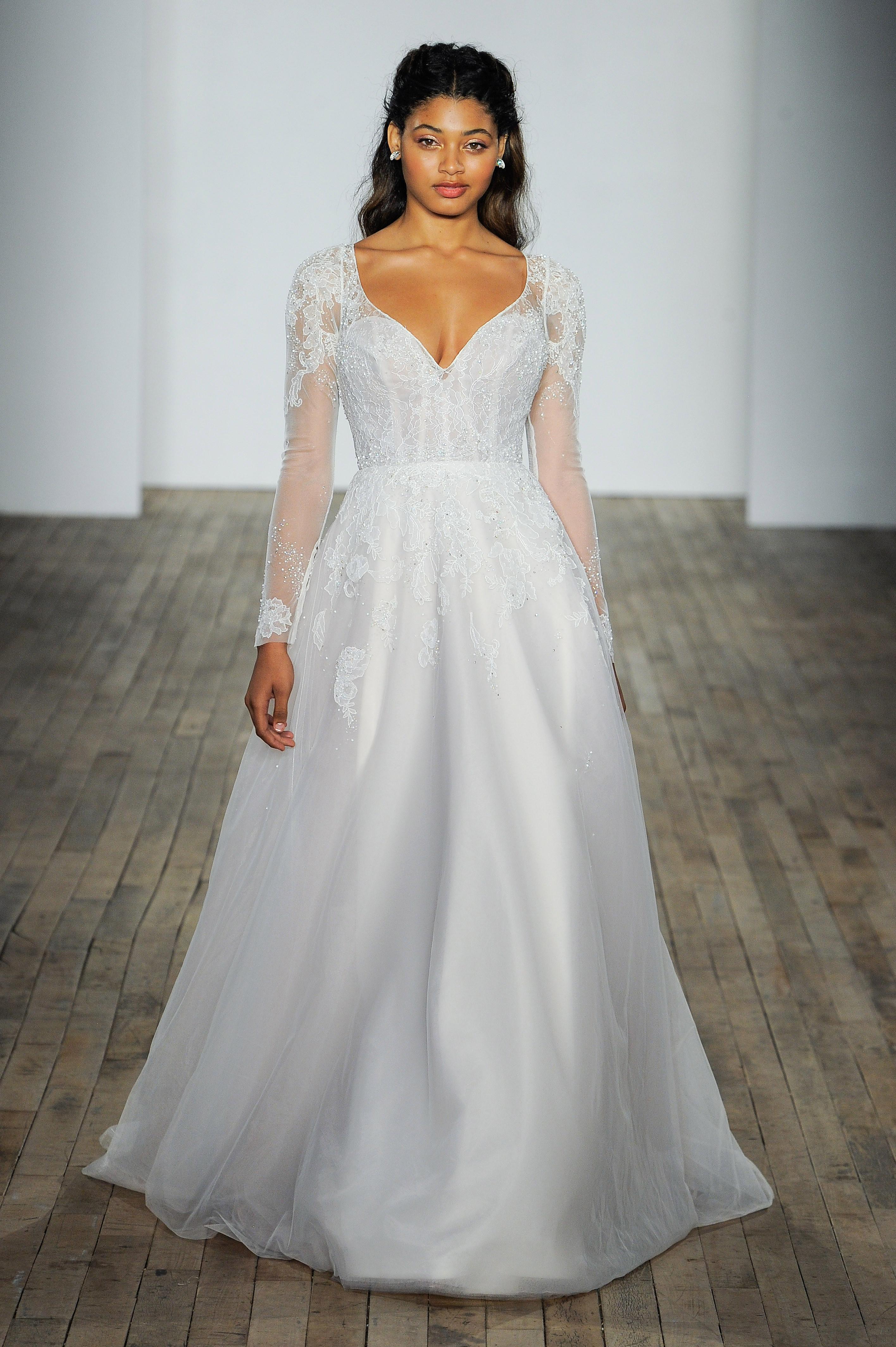 hayley paige fall 2018 v-neck long sleeve lace wedding dress