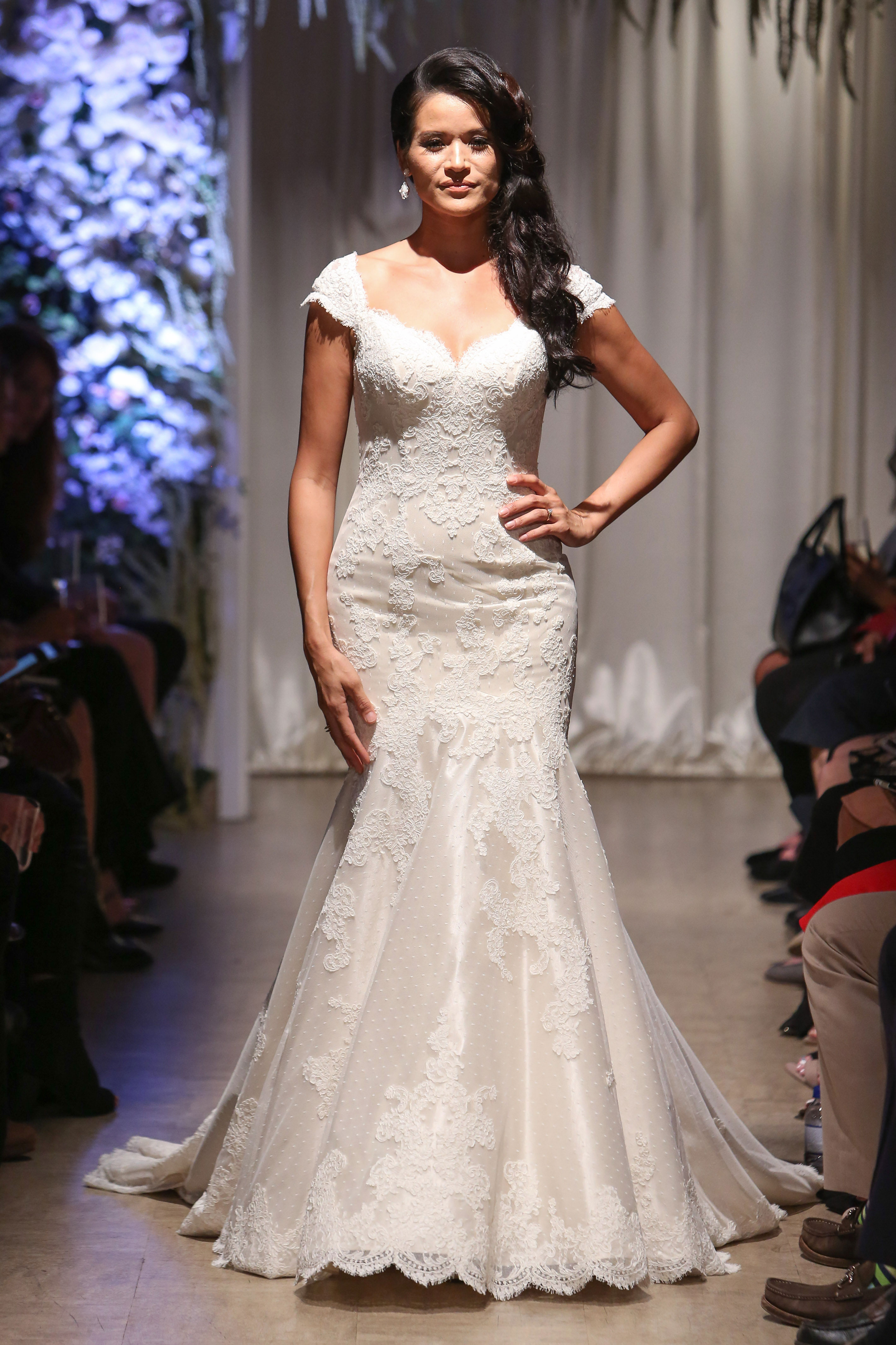 matthew christopher 2018 cap sleeve sweetheart lace wedding dress