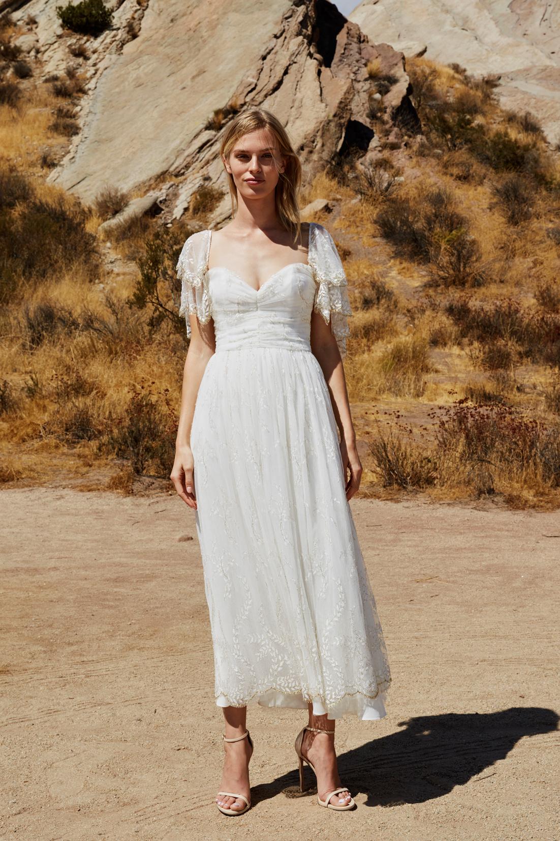 savannah miller fall 2018 sweetheart lace wedding dress
