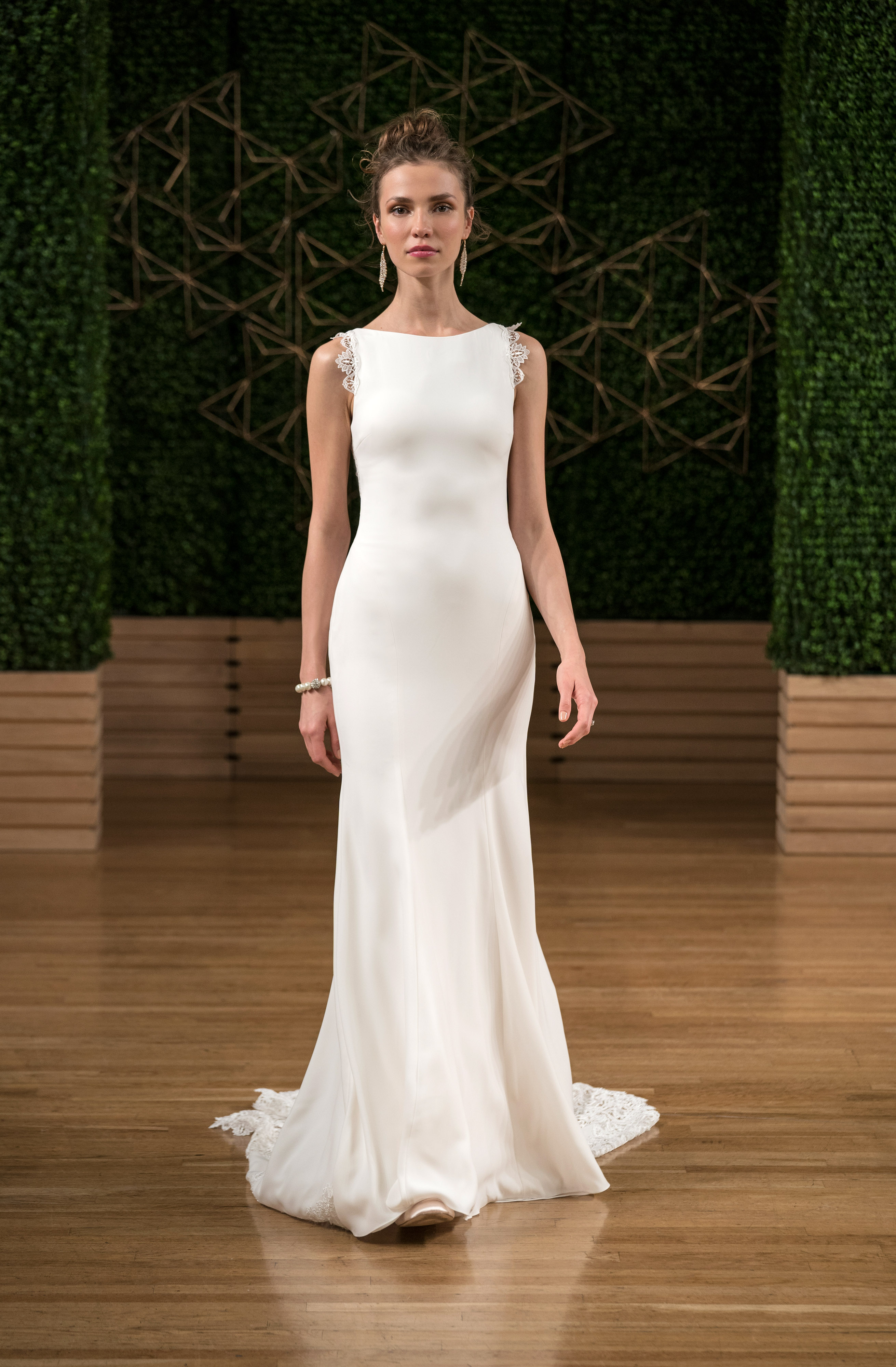 sottero midgley wedding dress fall 2018 sleeveless sheath