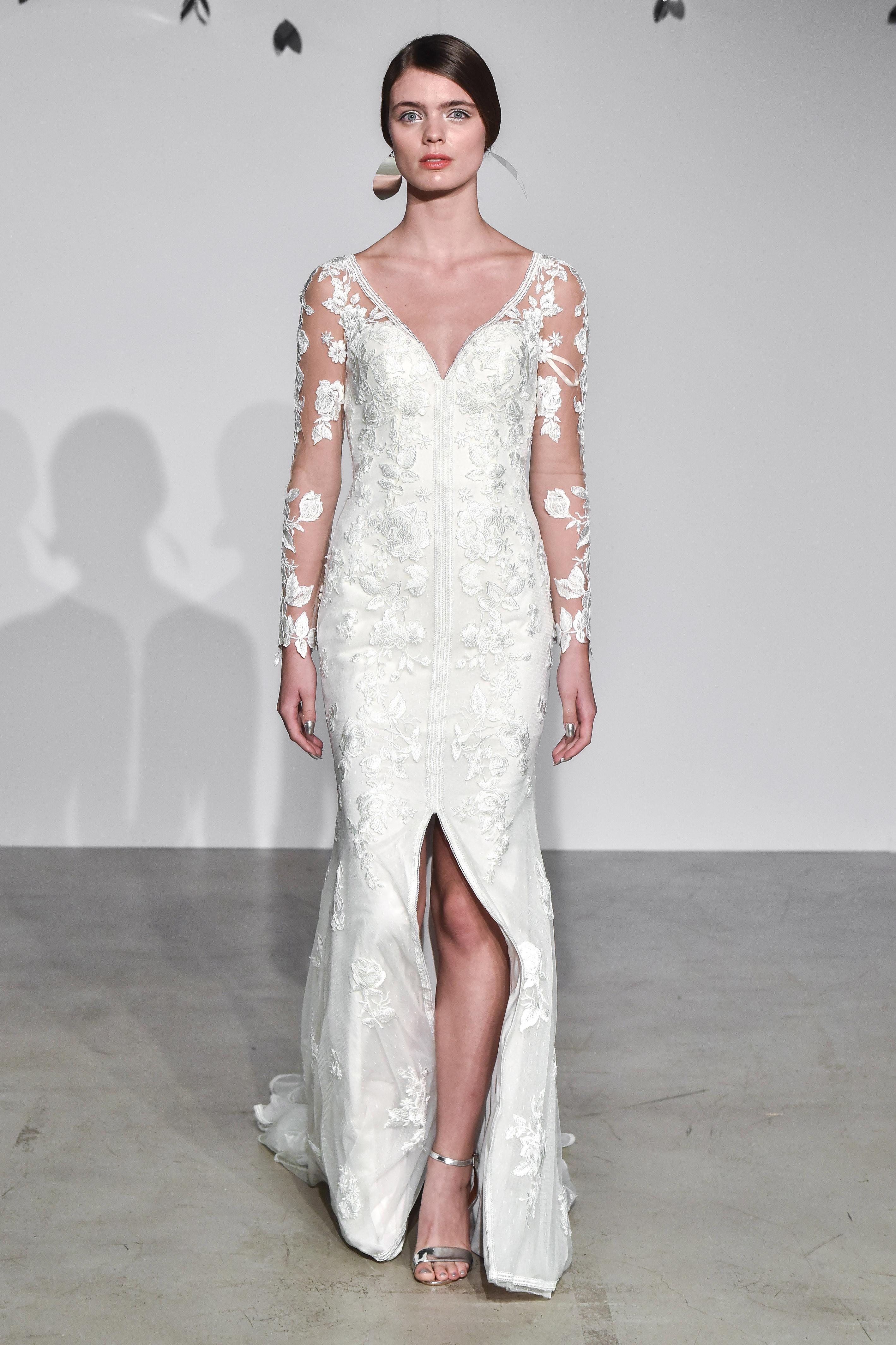justin alexander fall 2018 v-neck long sleeve wedding dress