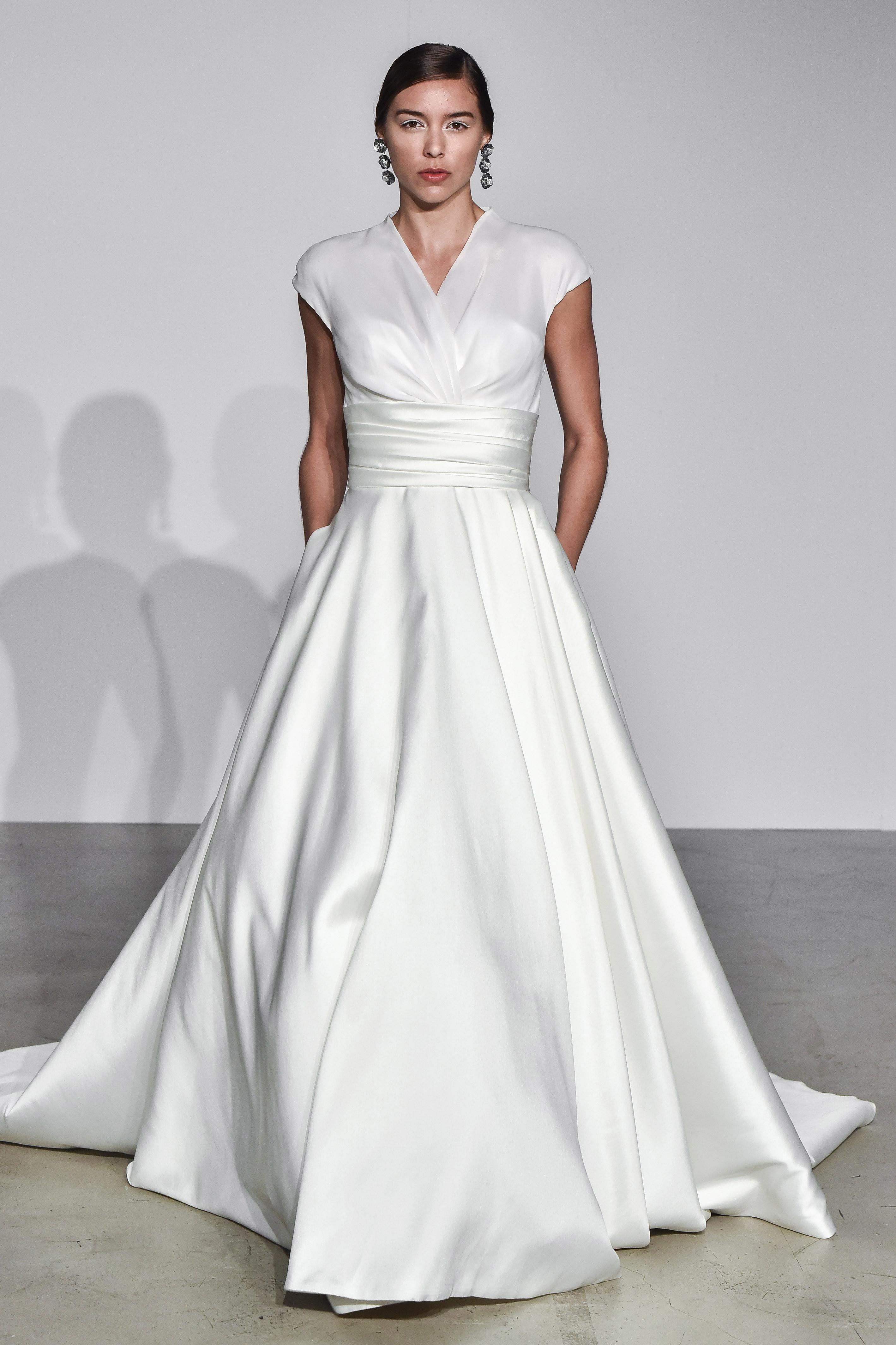 justin alexander fall 2018 wrap ballgown wedding dress