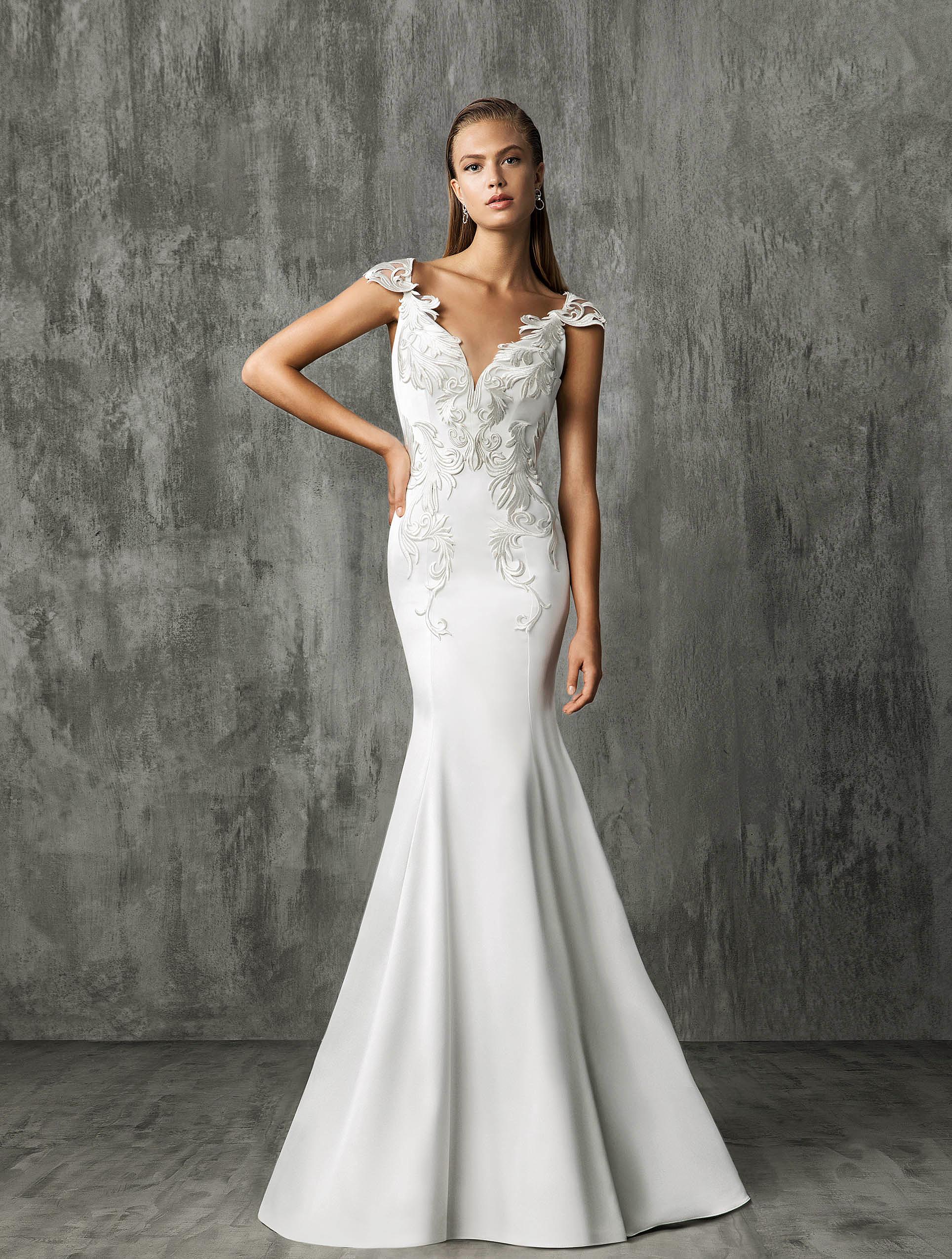 Victoria Kyriakides Cap Sleeve Mermaid Wedding Dress Fall 2018