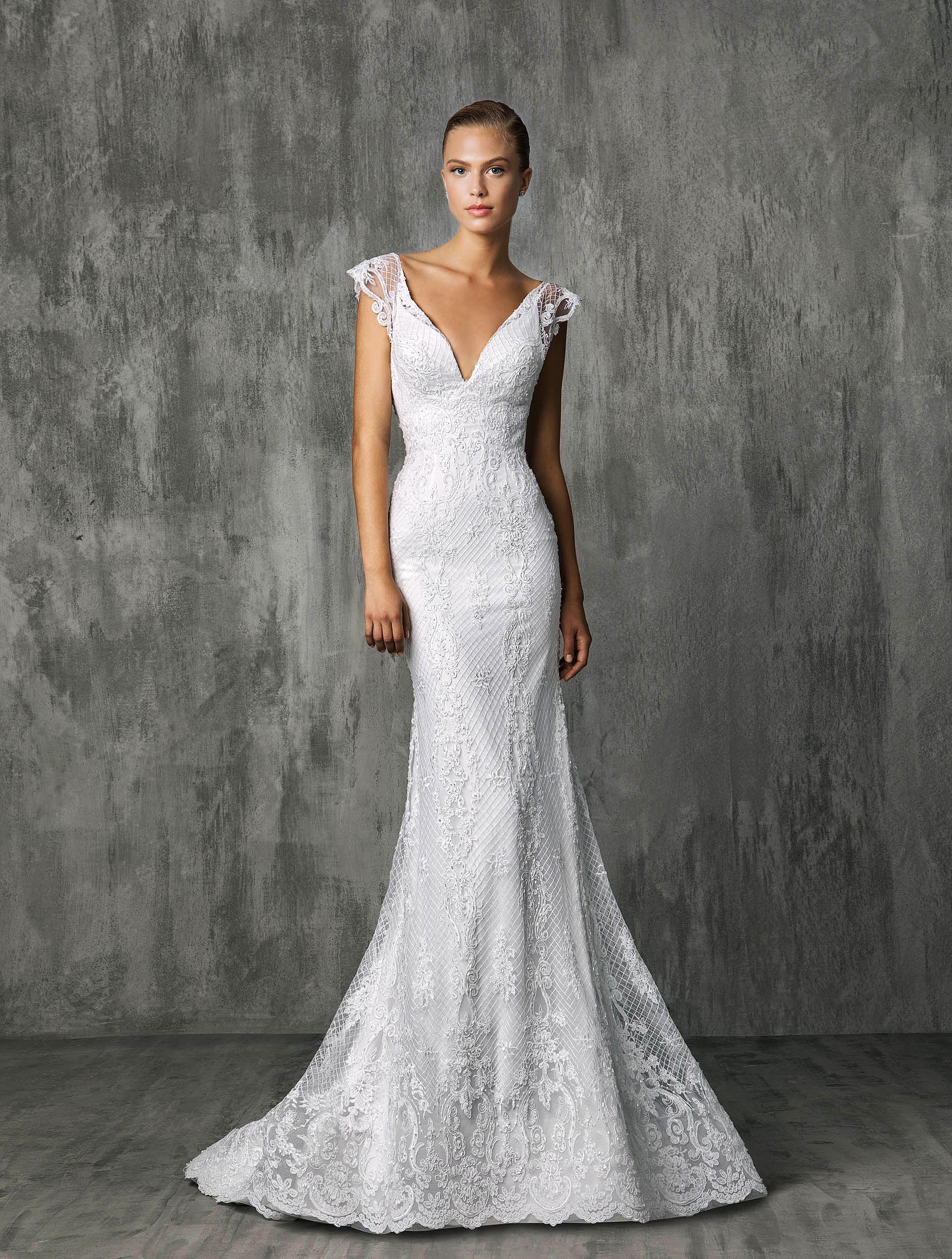 Victoria Kyriakides Cap Sleeve V-Neck Wedding Dress Fall 2018