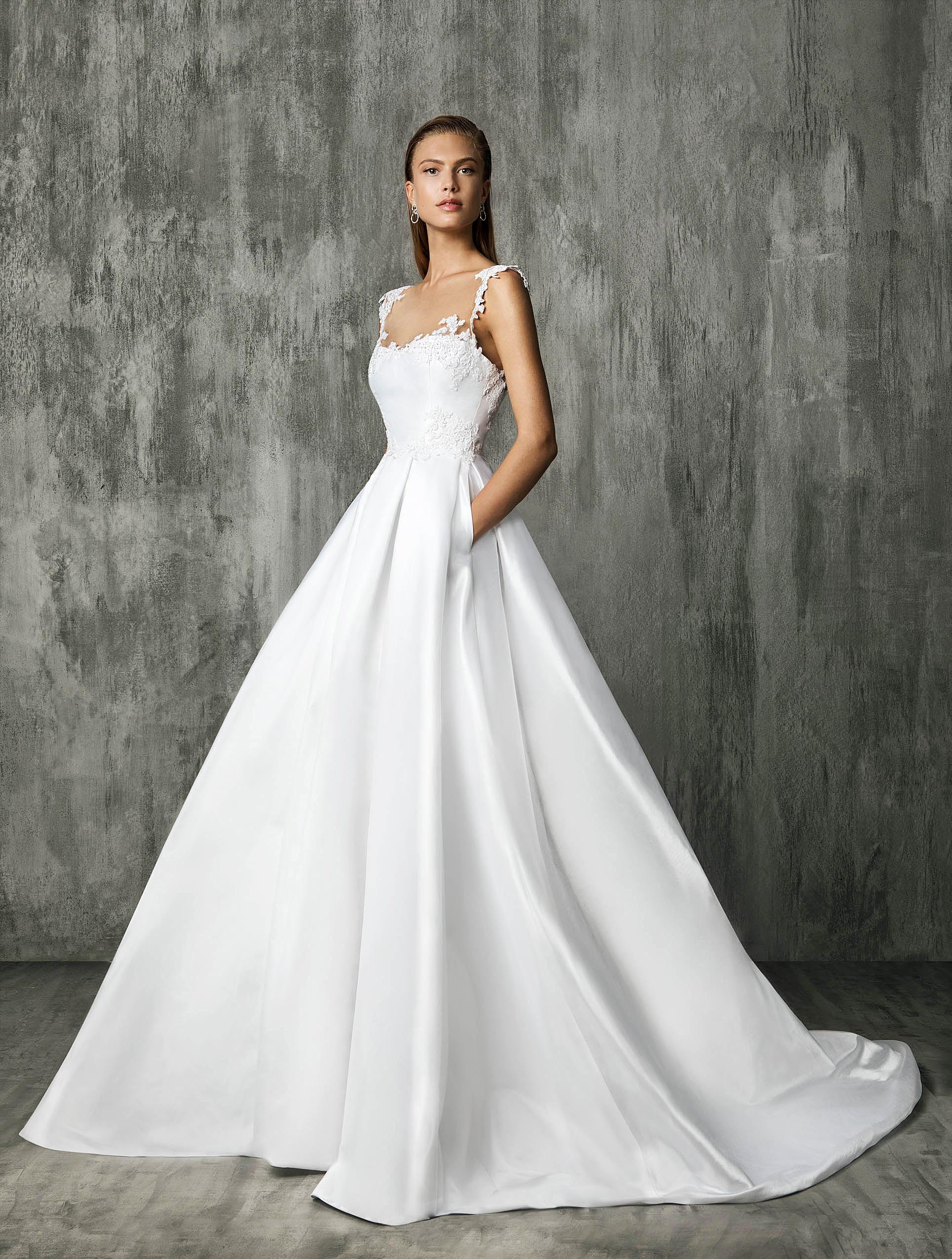 Victoria Kyriakides A-Line Wedding Dress Fall 2018