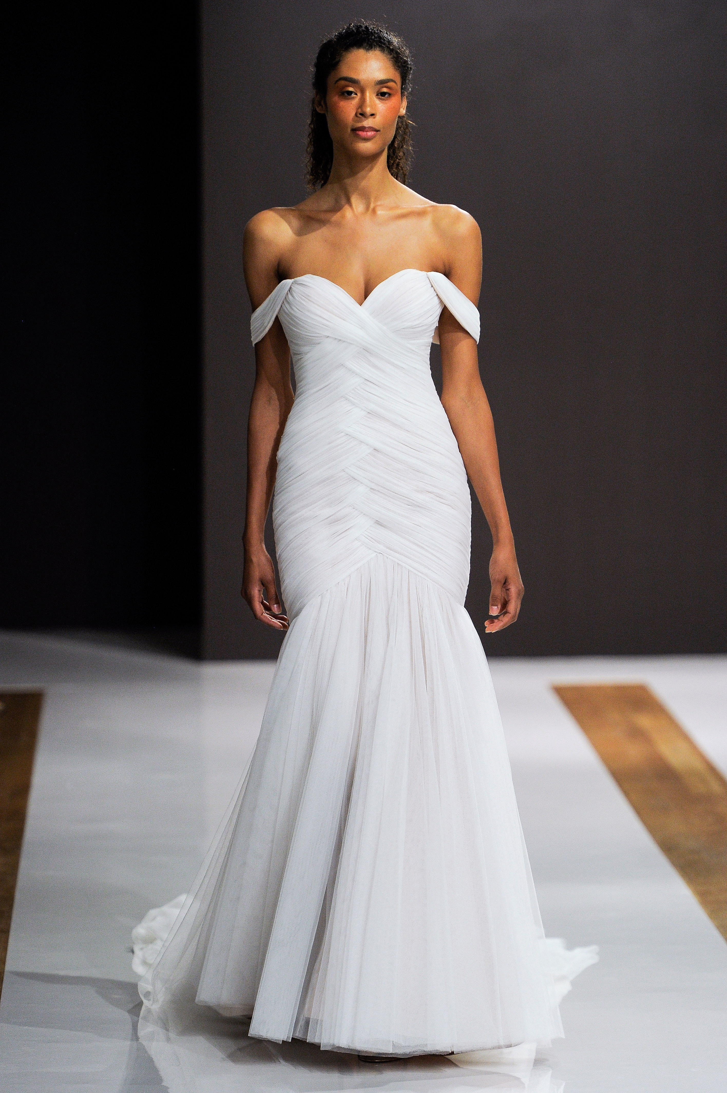 mark zunino wedding dress fall 2018 off the shoulder rouched trumpet