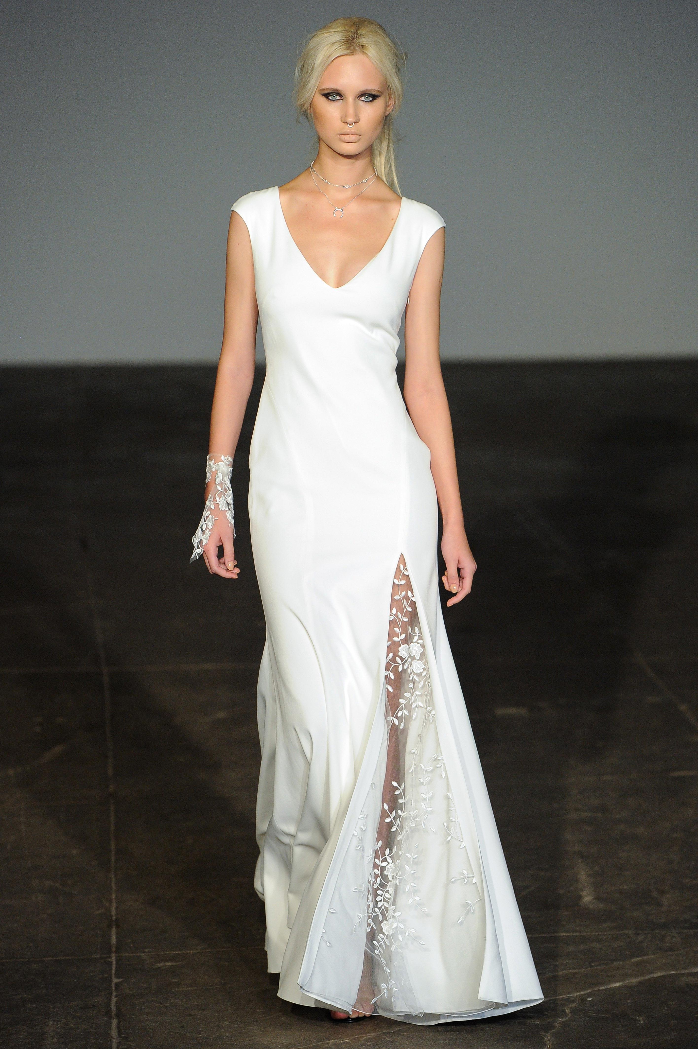 rime arodaky fall 2018 v-neck sheath wedding dress