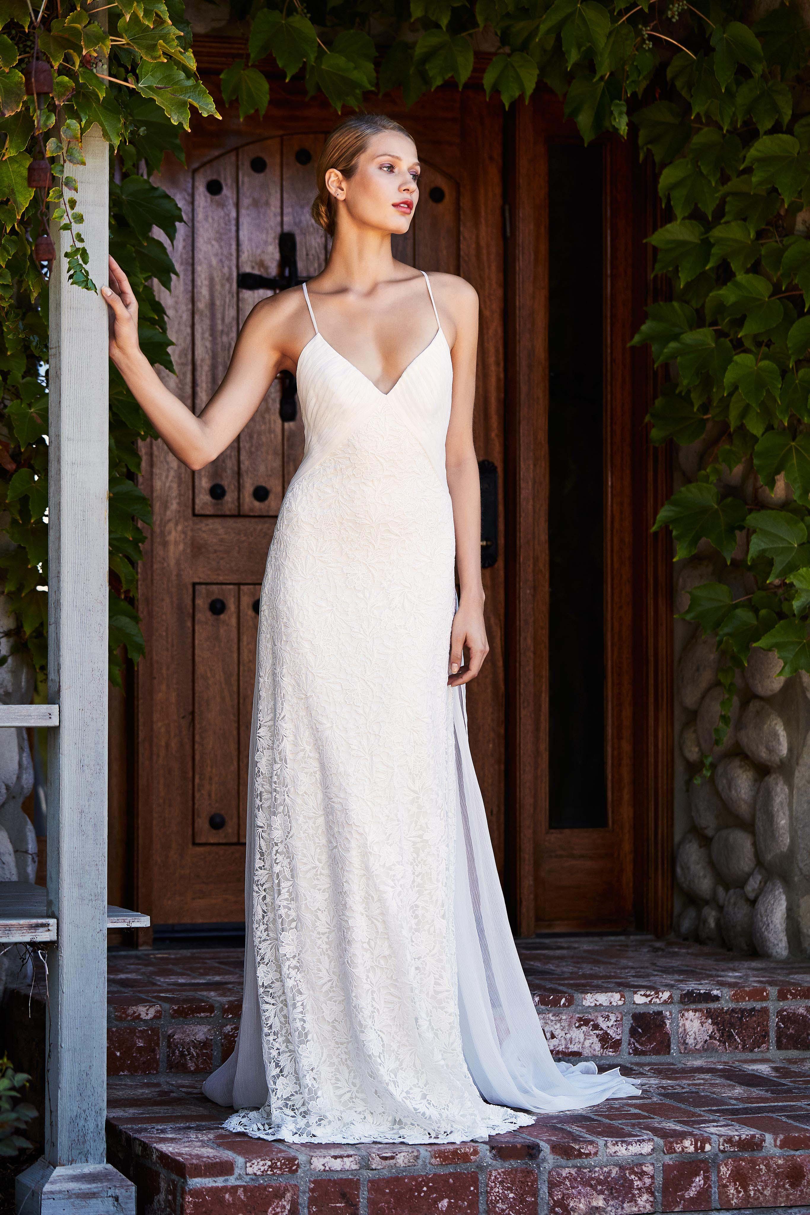 tadashi shoji wedding dress fall 2018 spaghetti strap lace