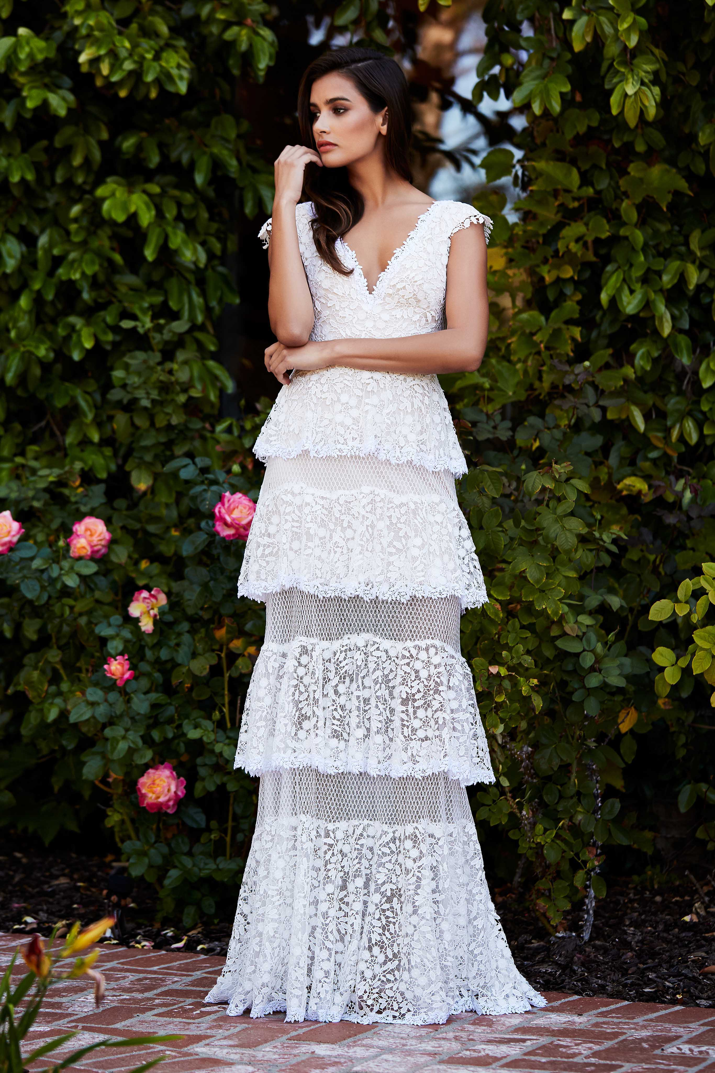 tadashi shoji wedding dress fall 2018 tiered lace v-neck