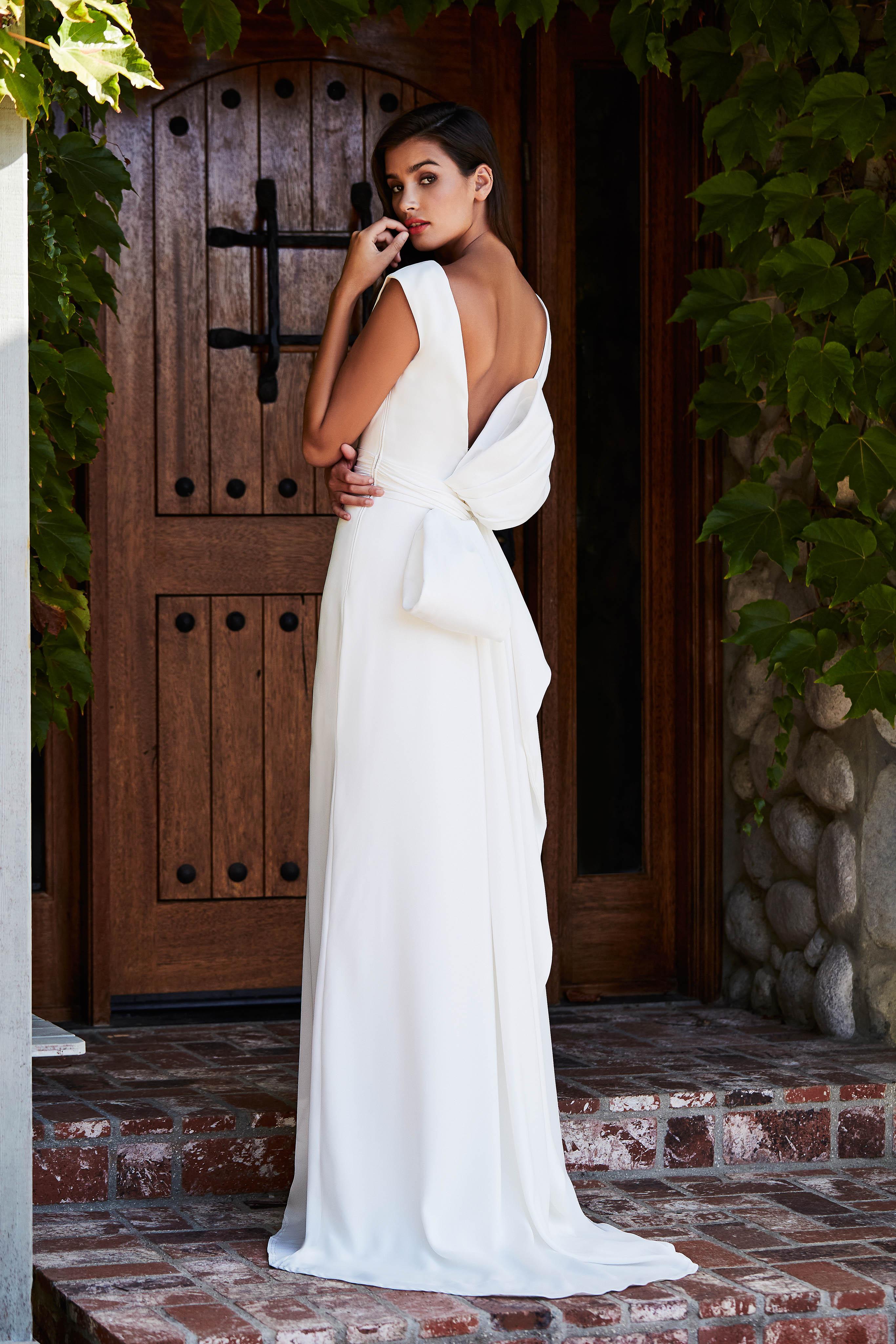 tadashi shoji wedding dress fall 2018 back bow