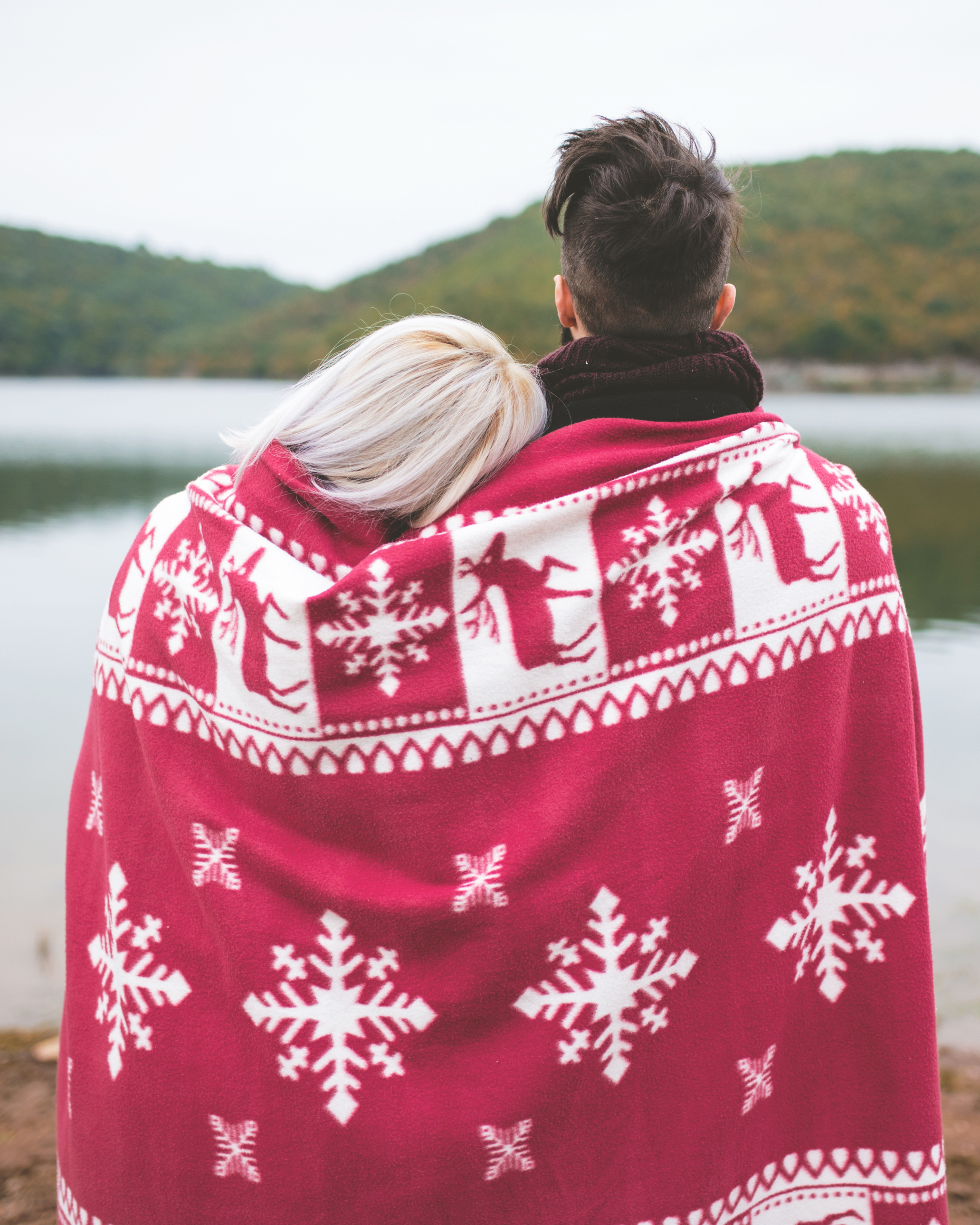 How to Tell Your Boyfriend You *Don't* Want a Holiday Proposal