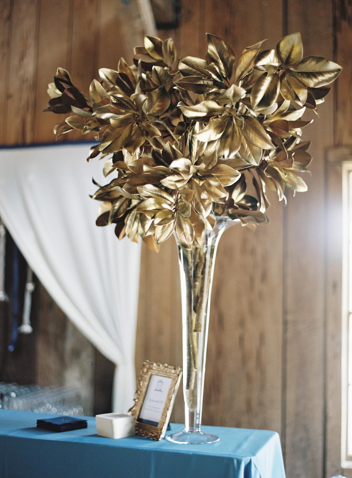 gold leaf arrangement