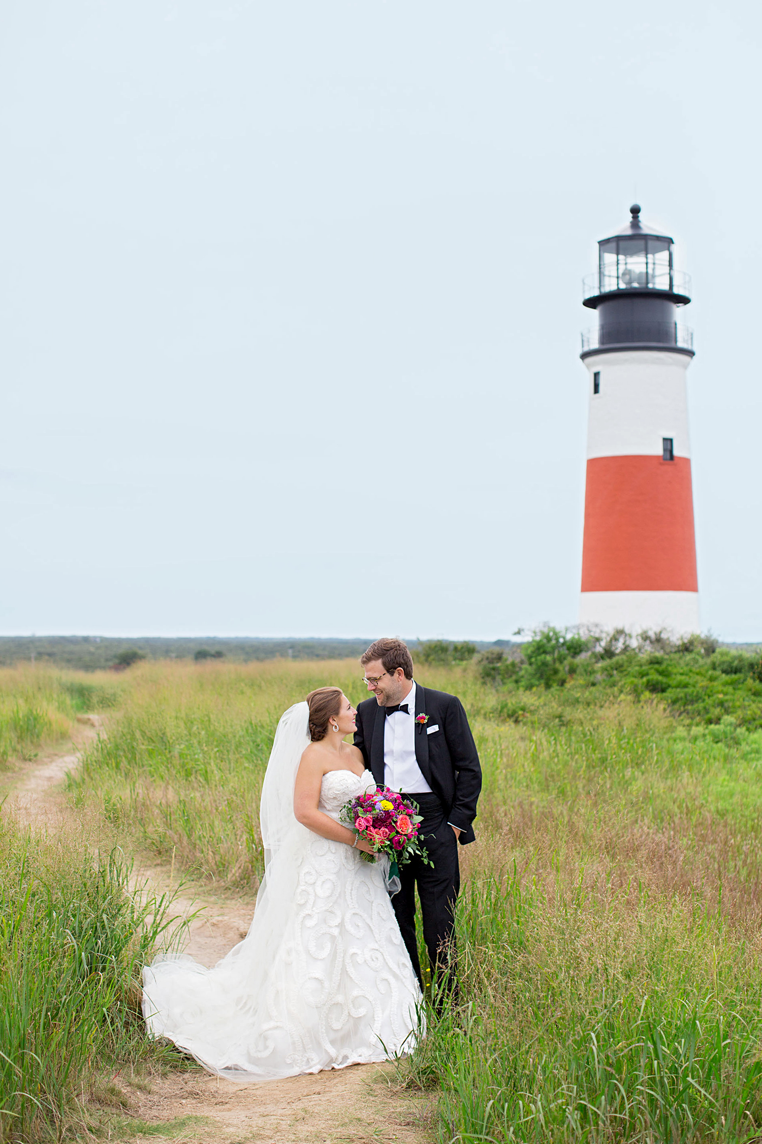 madelyn jon wedding couple and lighthouse