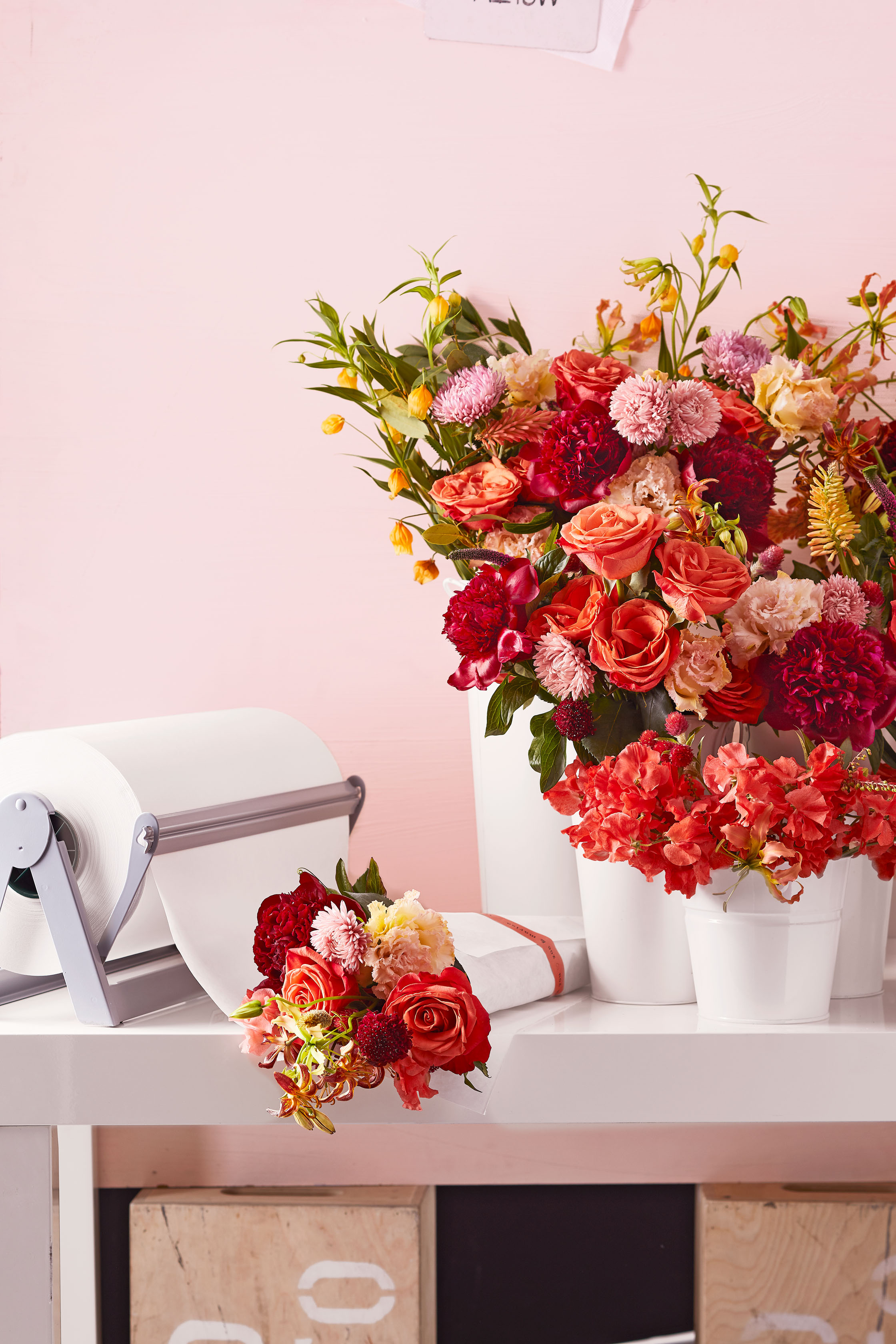 Here's How to Turn Your Wedding Flowers Into Favors