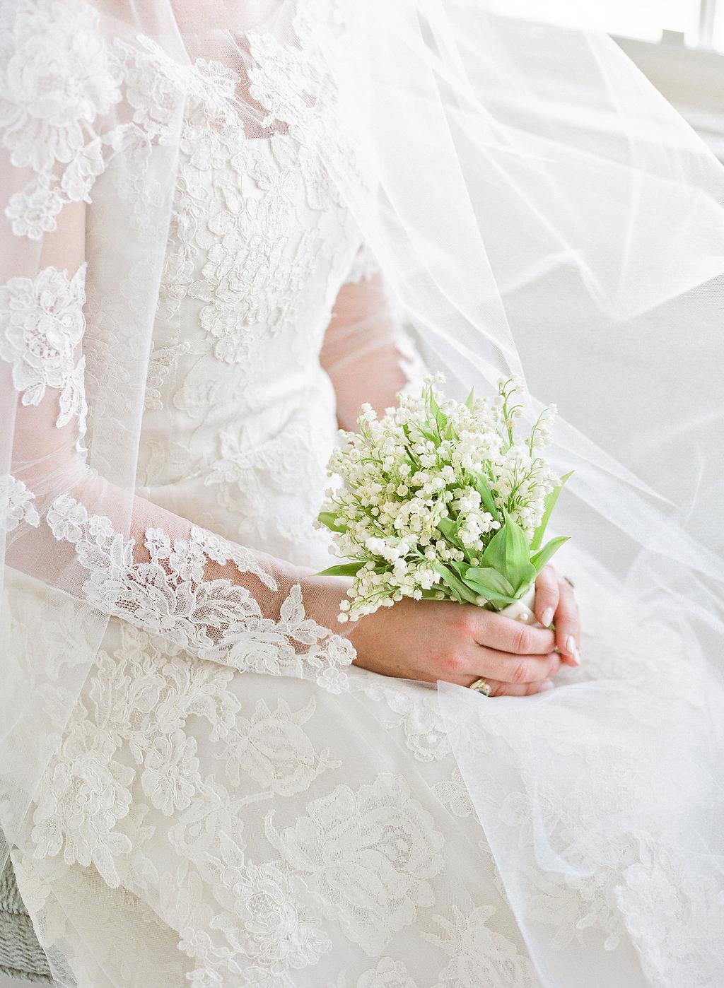 shelby barrett wedding bouquet