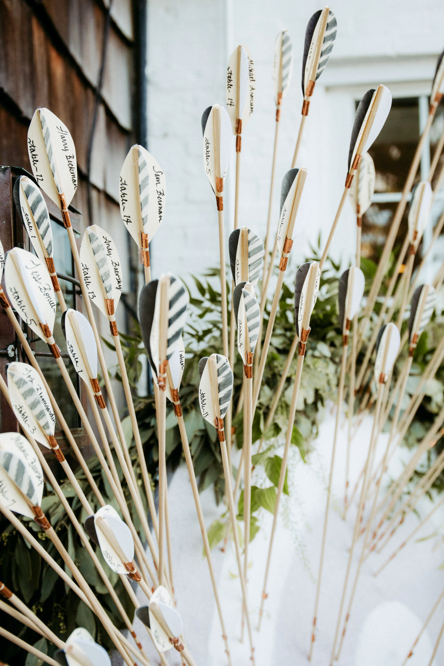 arrow escort cards