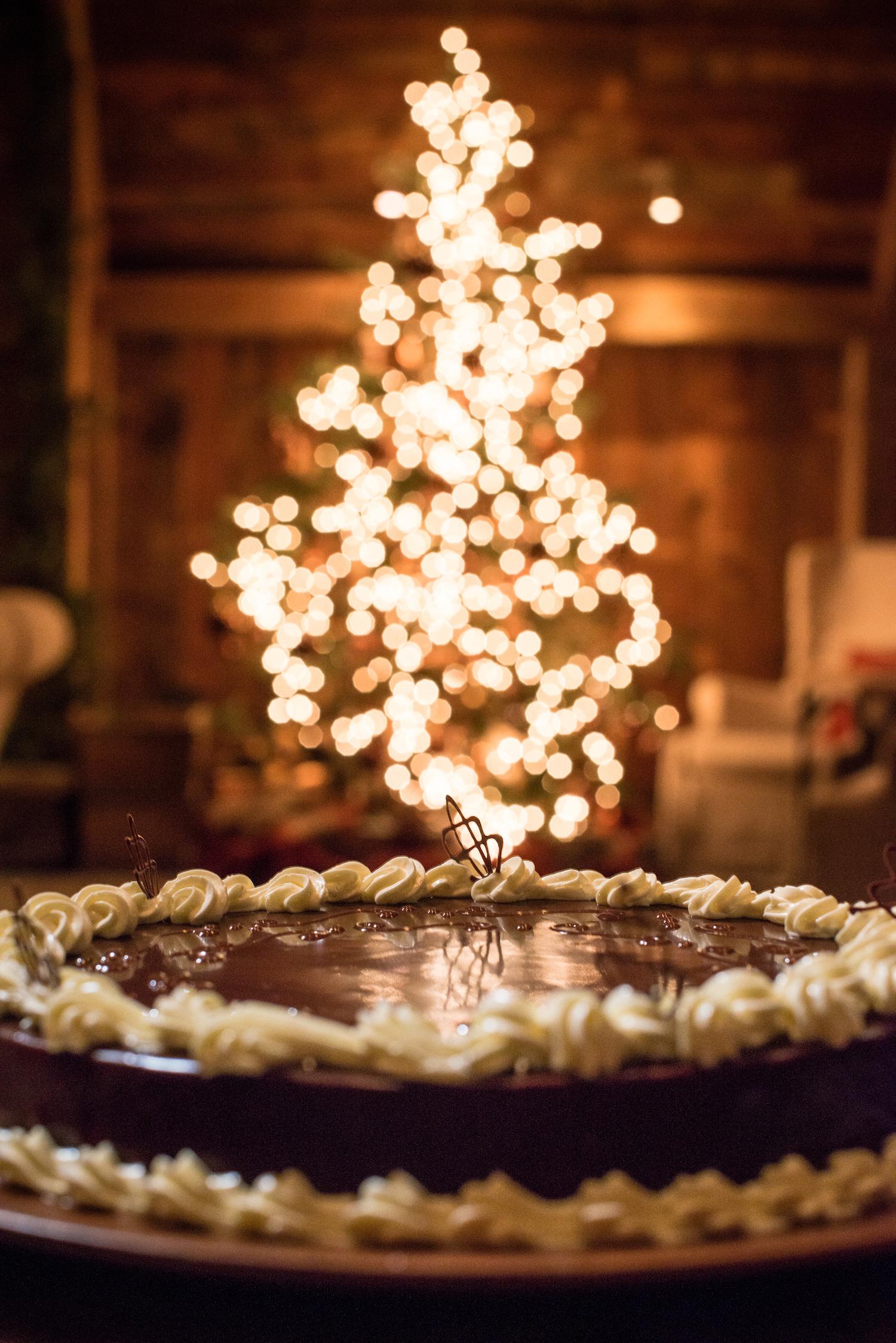 christmas tree wedding dessert