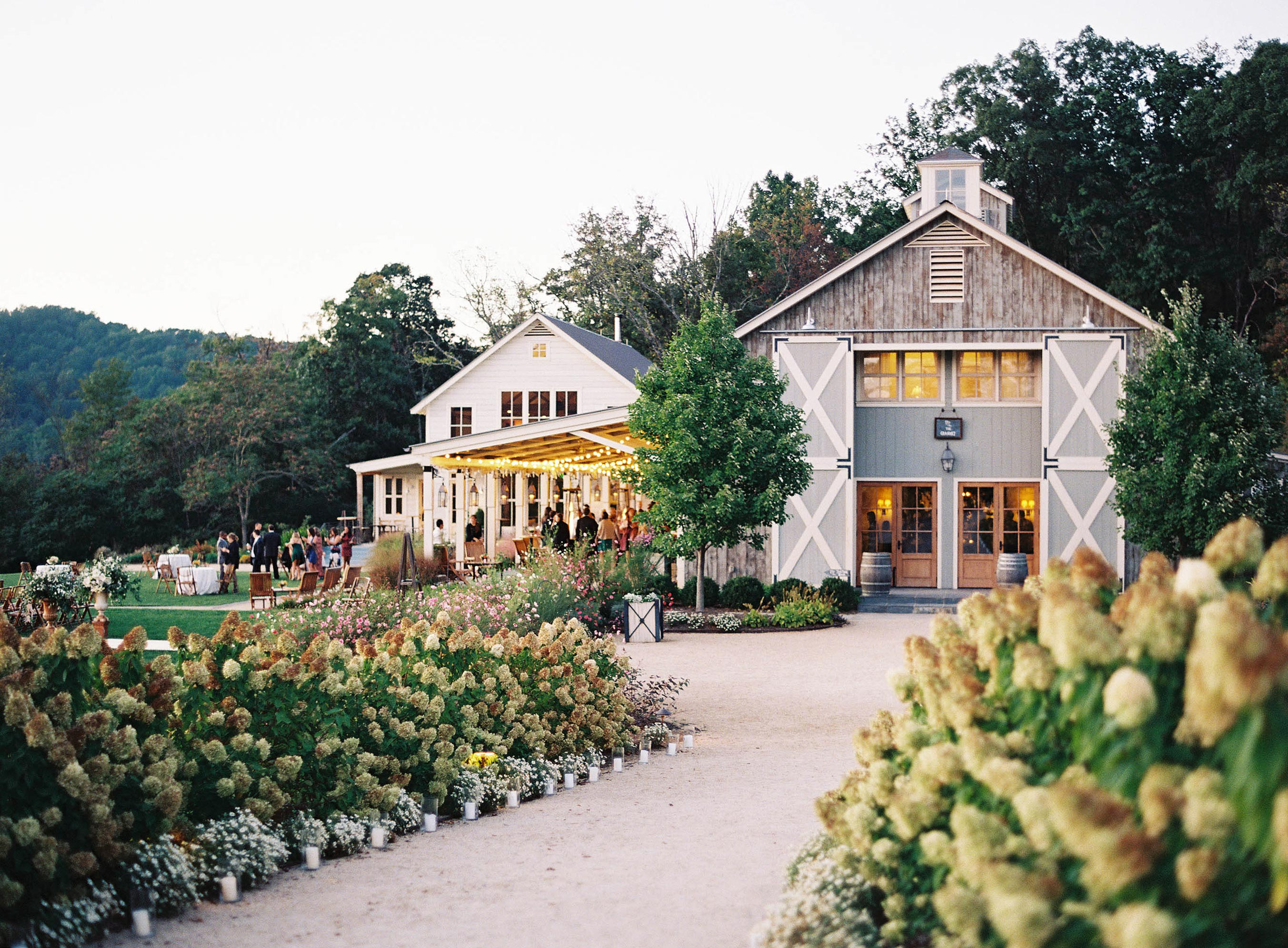 outdoor wedding venue barn