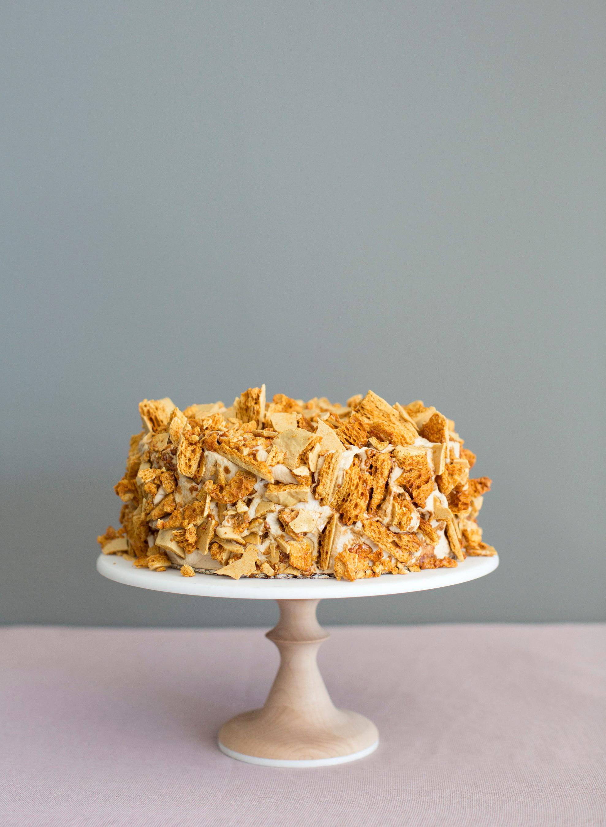 brittle wedding cake