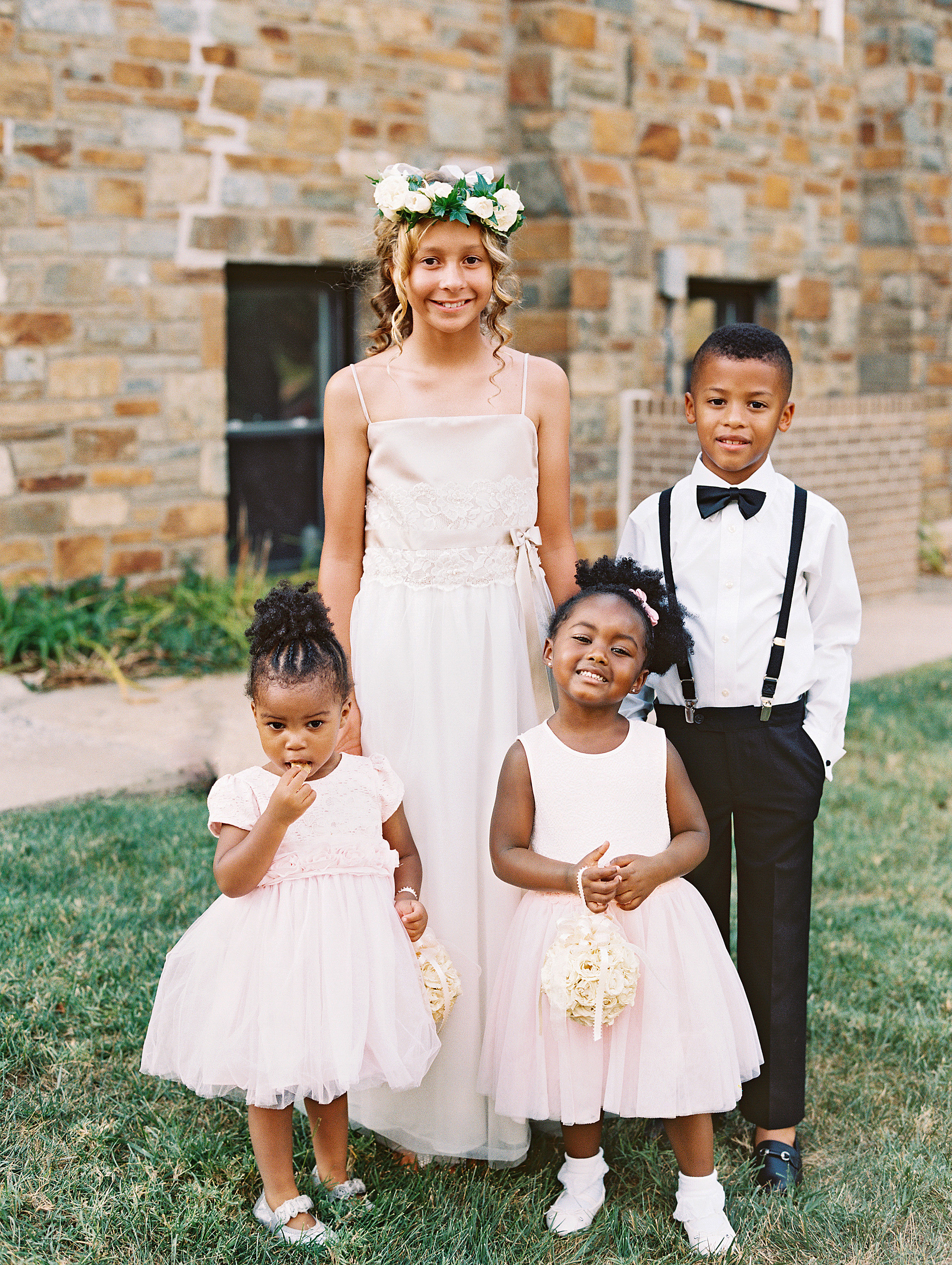 Tips for Making a Shy Flower Girl or Ring Bearer Feel Comfortable on the Wedding Day