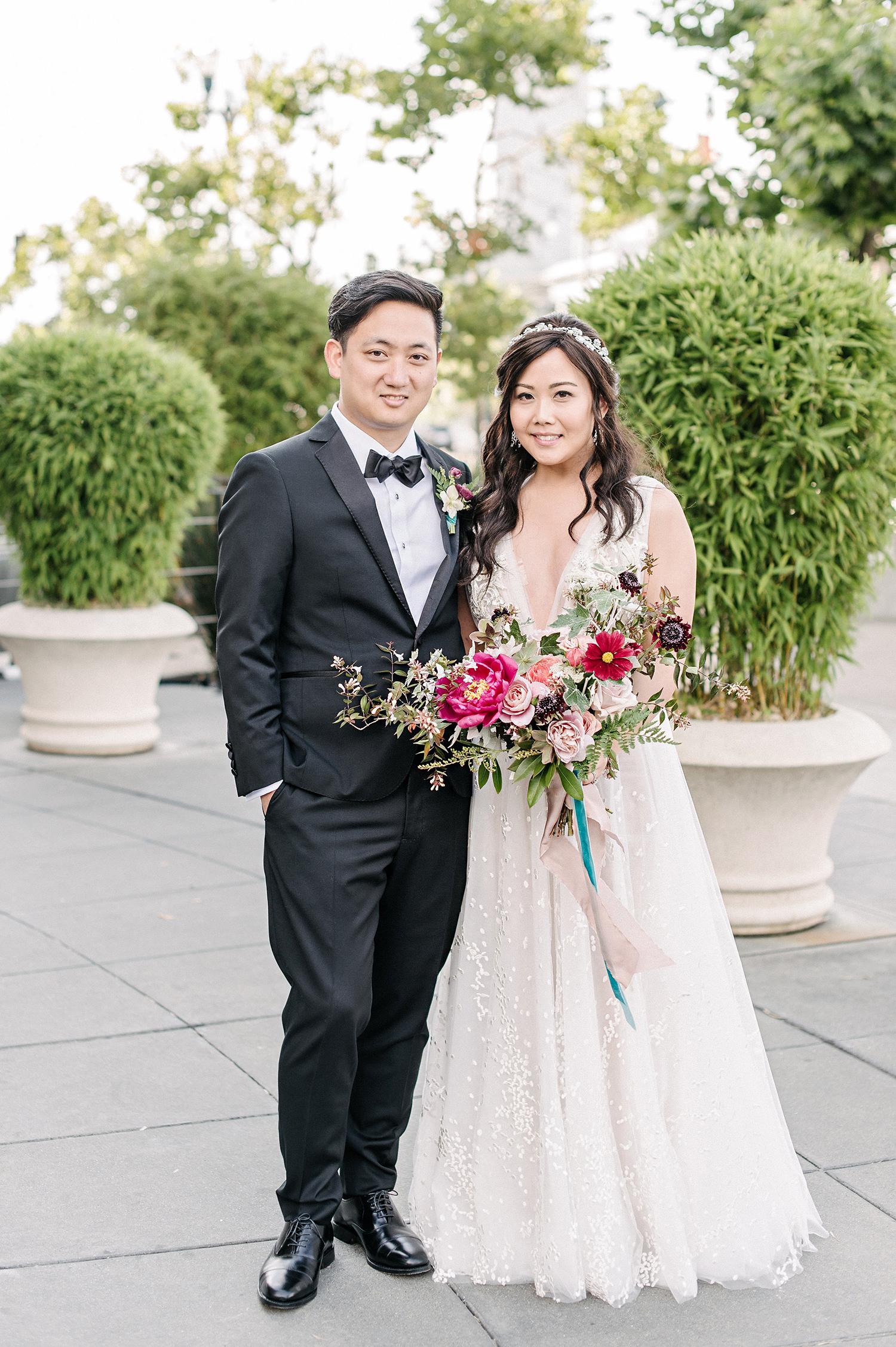 stephanie tim wedding couple portrait