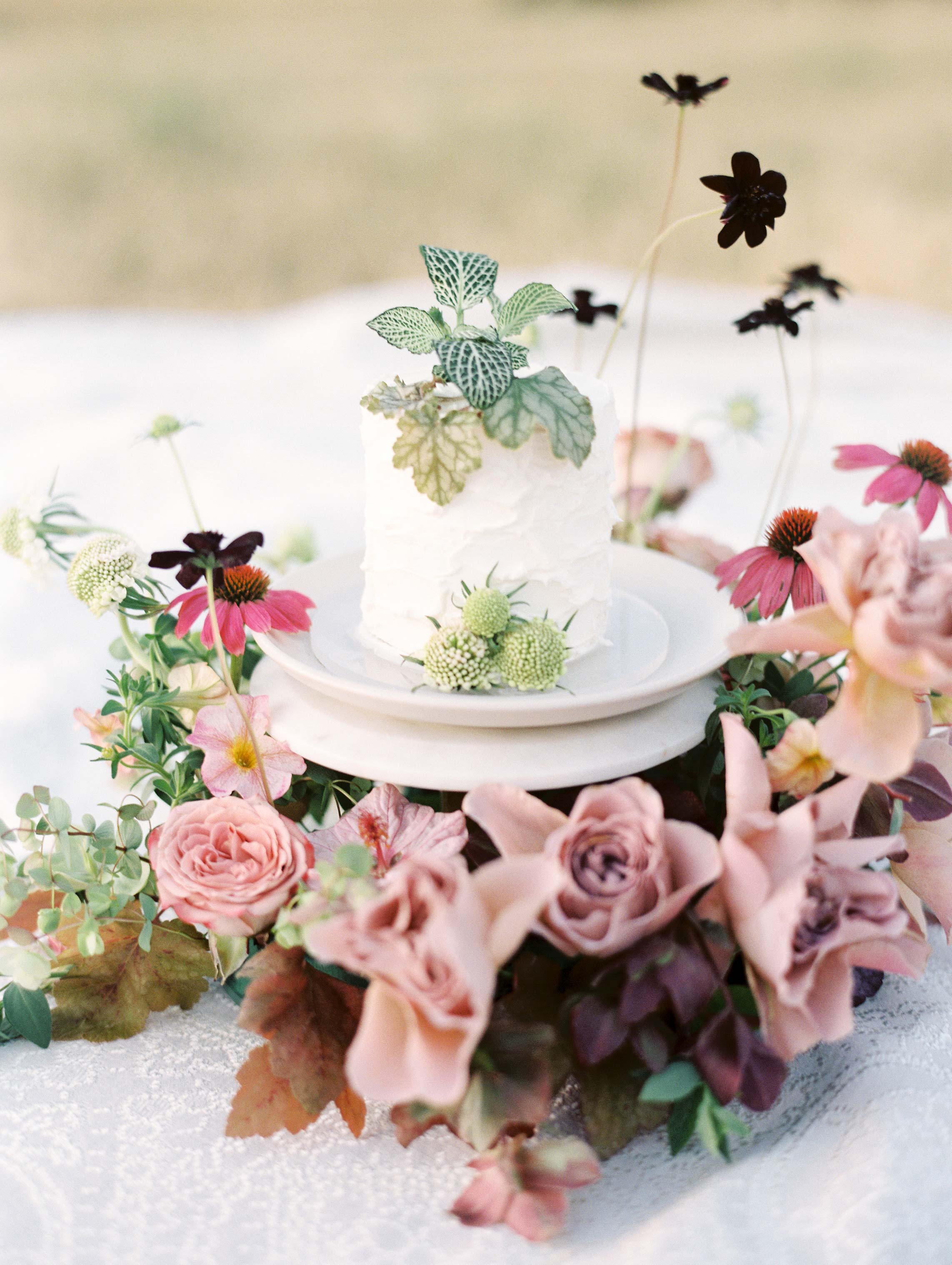26 Single-Serving Wedding Cakes That Are Beyond Adorable