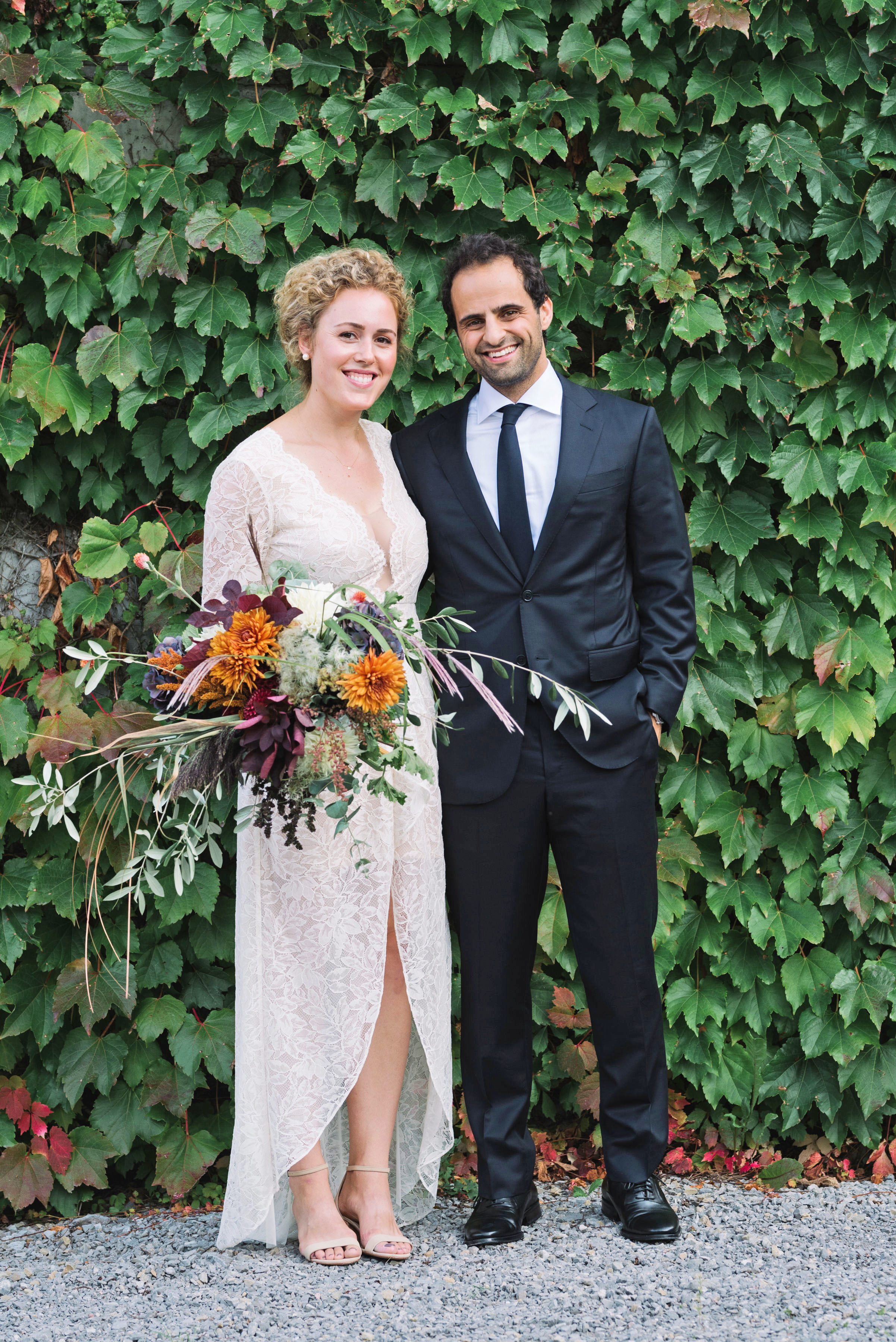 molly michael wedding couple with bouquet
