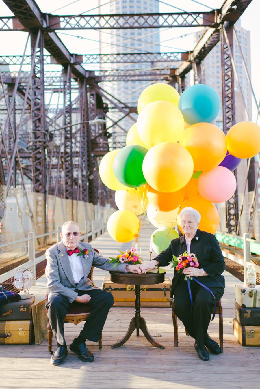 anniversary photo balloons