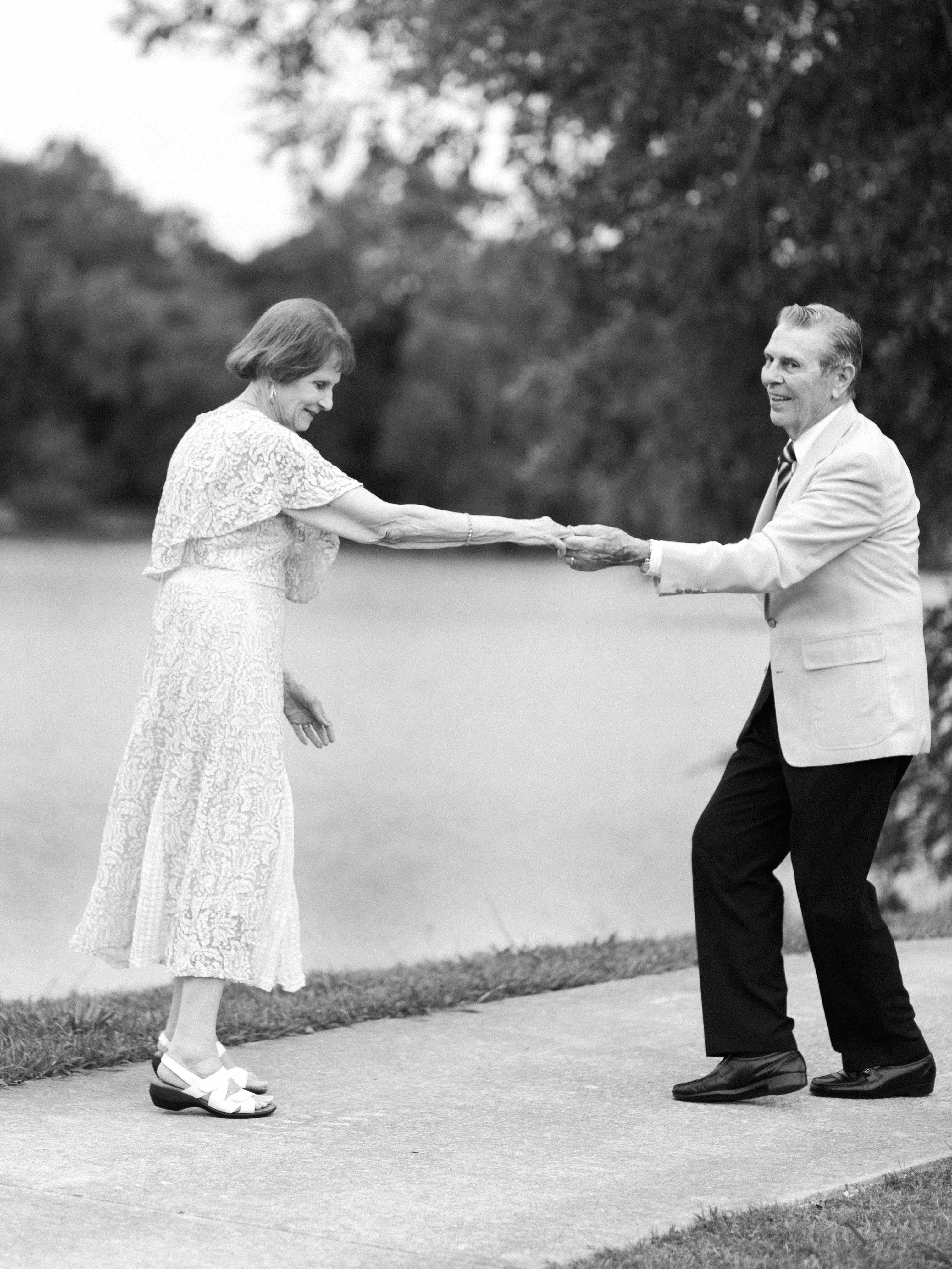 anniversary couple dancing