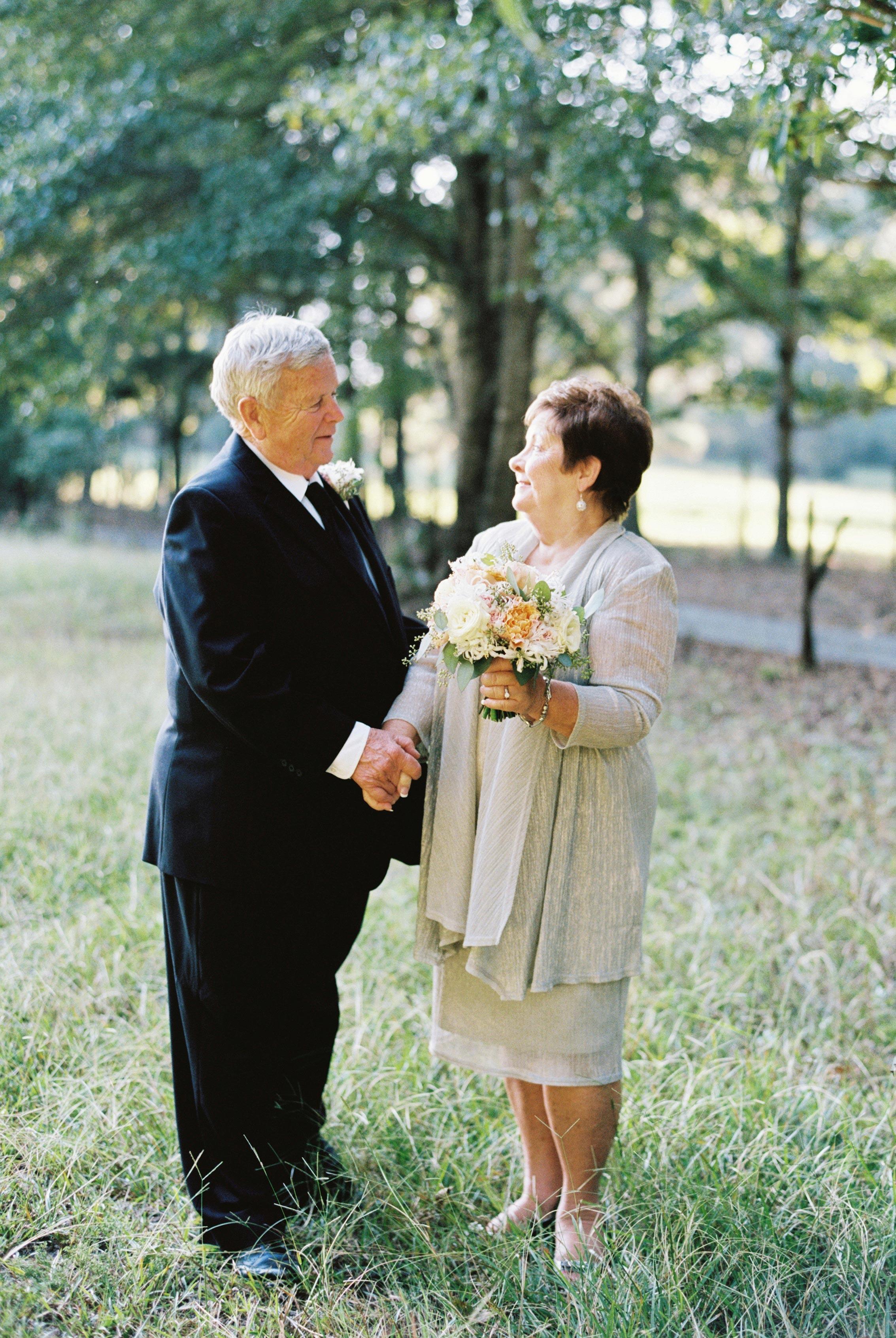 couple anniversary photos