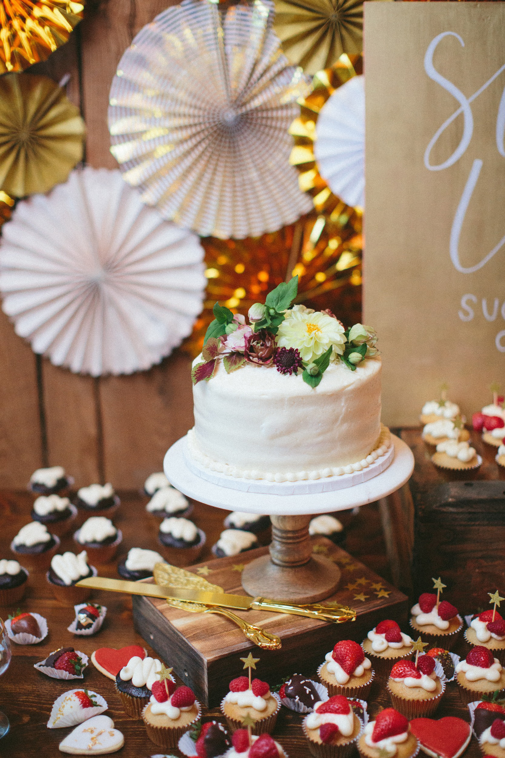 small white cake
