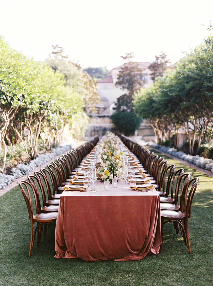 charla jesse wedding outdoor banquet table