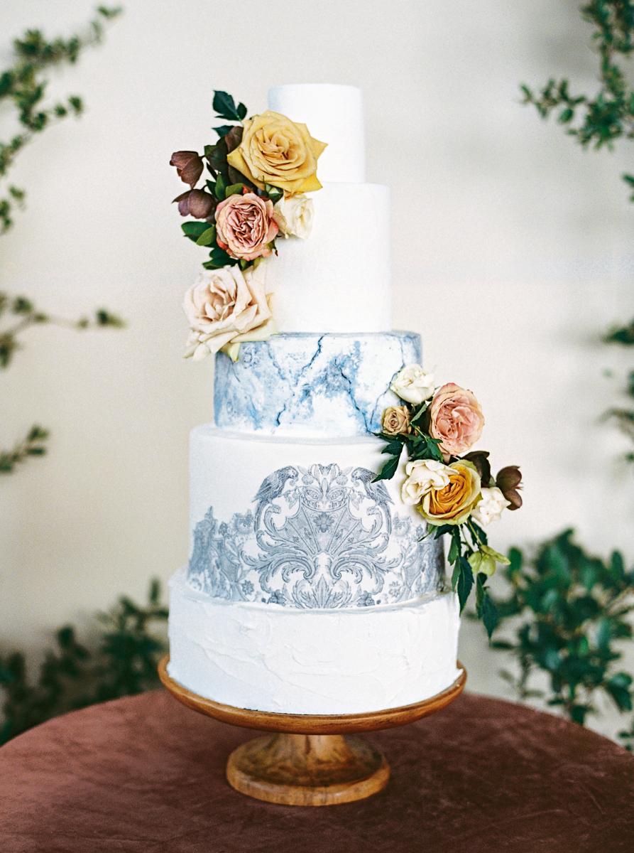 charla jesse wedding cake with blue detail
