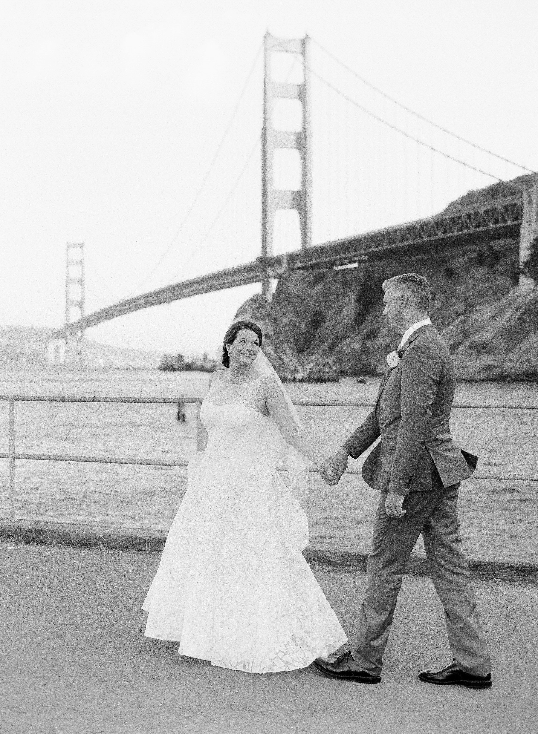 wedding couple golden gate bridge